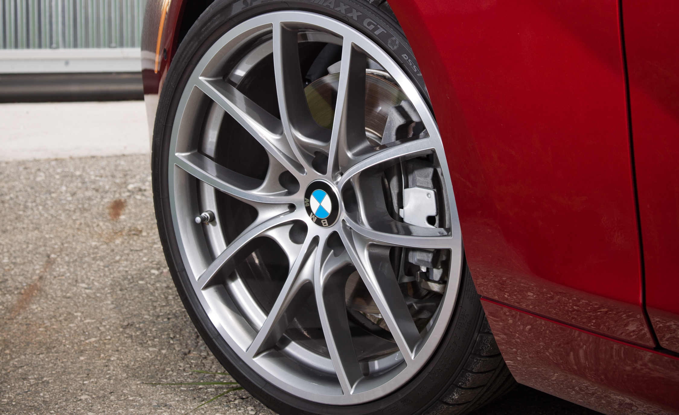 2012 BMW 650i Convertible Exterior View Wheel Velg (Photo 10 of 19)
