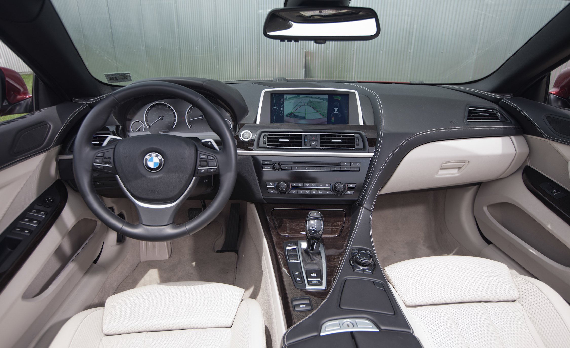 2012 BMW 650i Convertible Interior Dashboard (Photo 12 of 19)