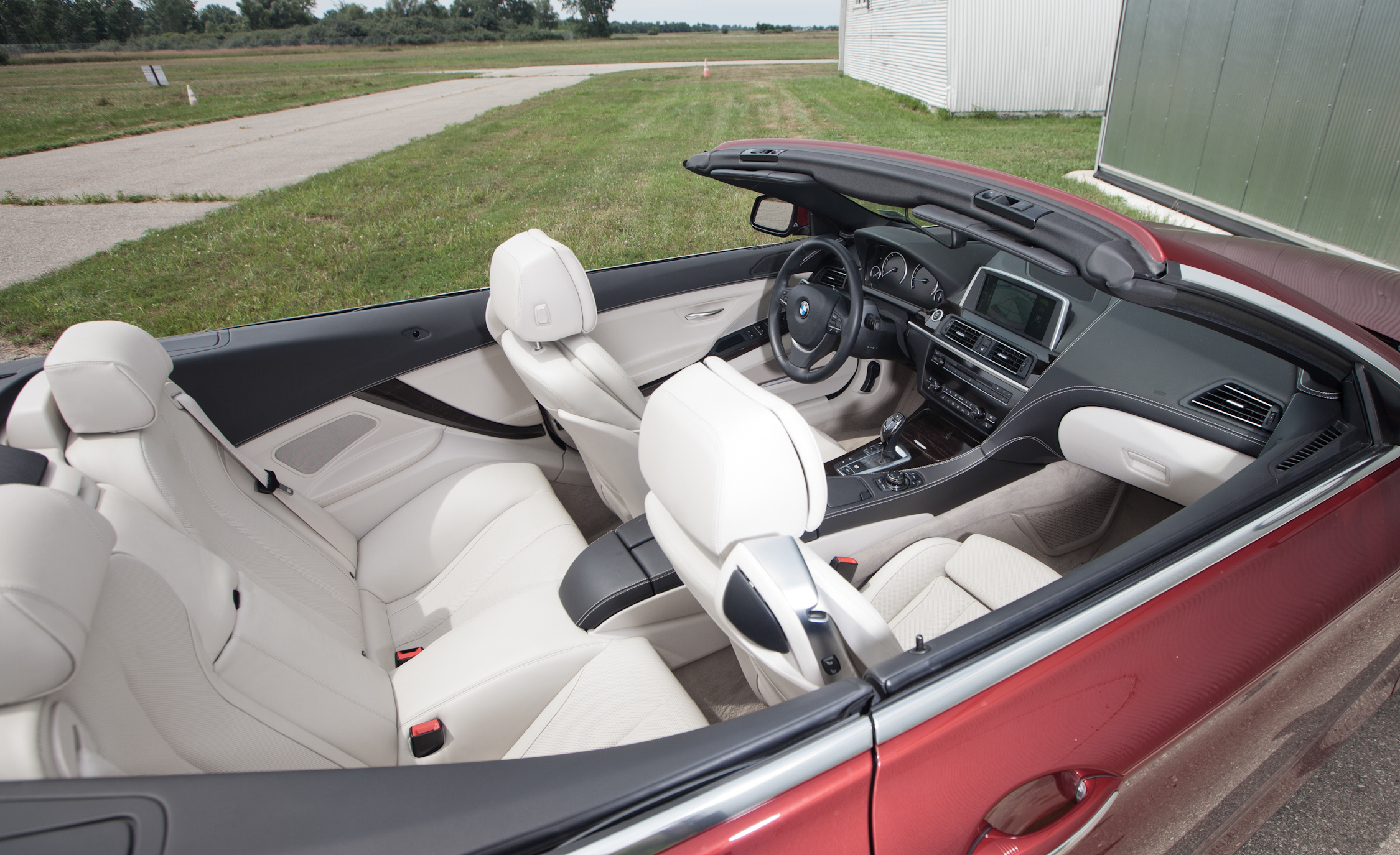 2012 BMW 650i Convertible Interior (Photo 11 of 19)
