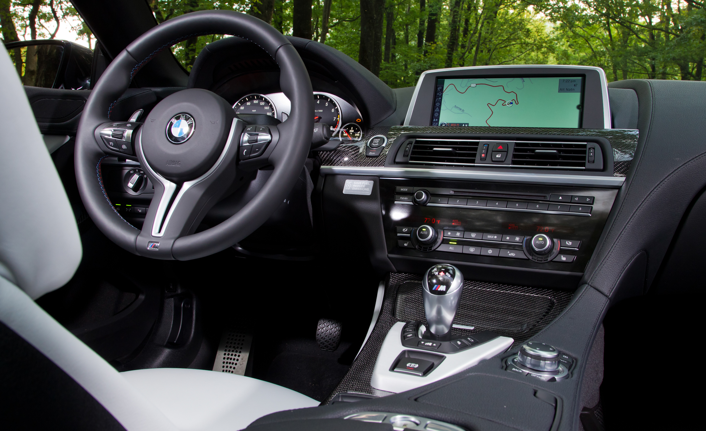 2012 BMW M6 Convertible Interior Driver Cockpit (Photo 10 of 30)