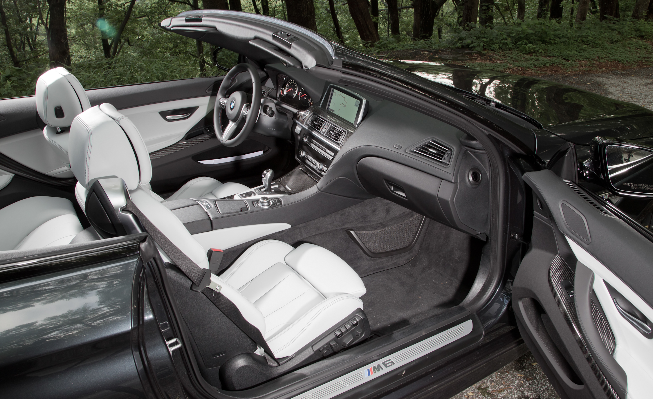 2012 BMW M6 Convertible Interior (Photo 8 of 30)
