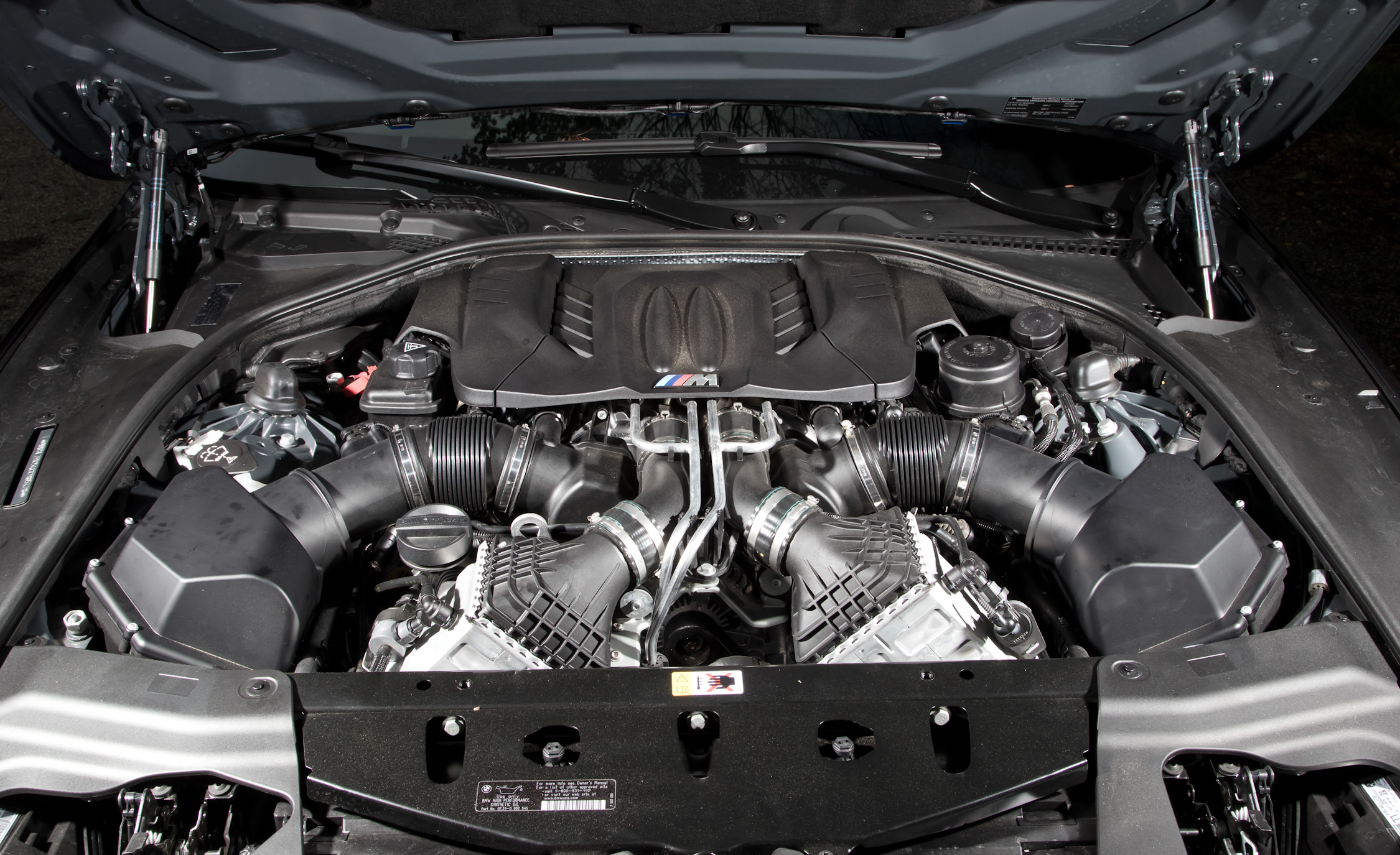 2012 BMW M6 Convertible View Engine (Photo 30 of 30)