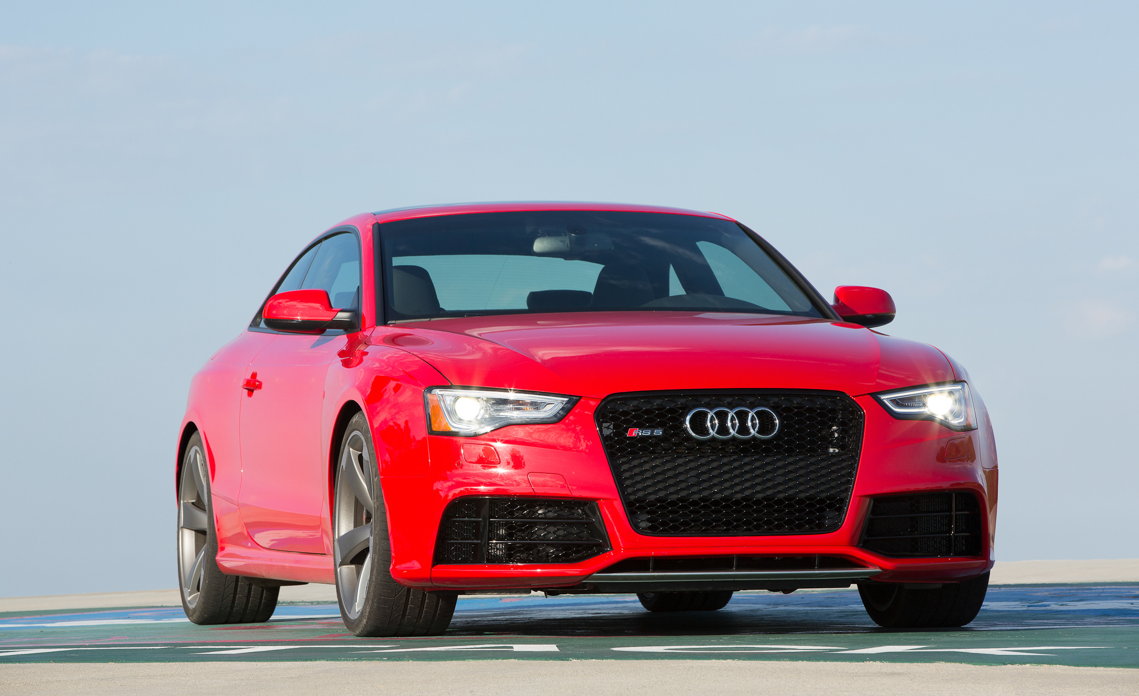 2013 Audi RS 5 Exterior Front And Side (Photo 5 of 41)