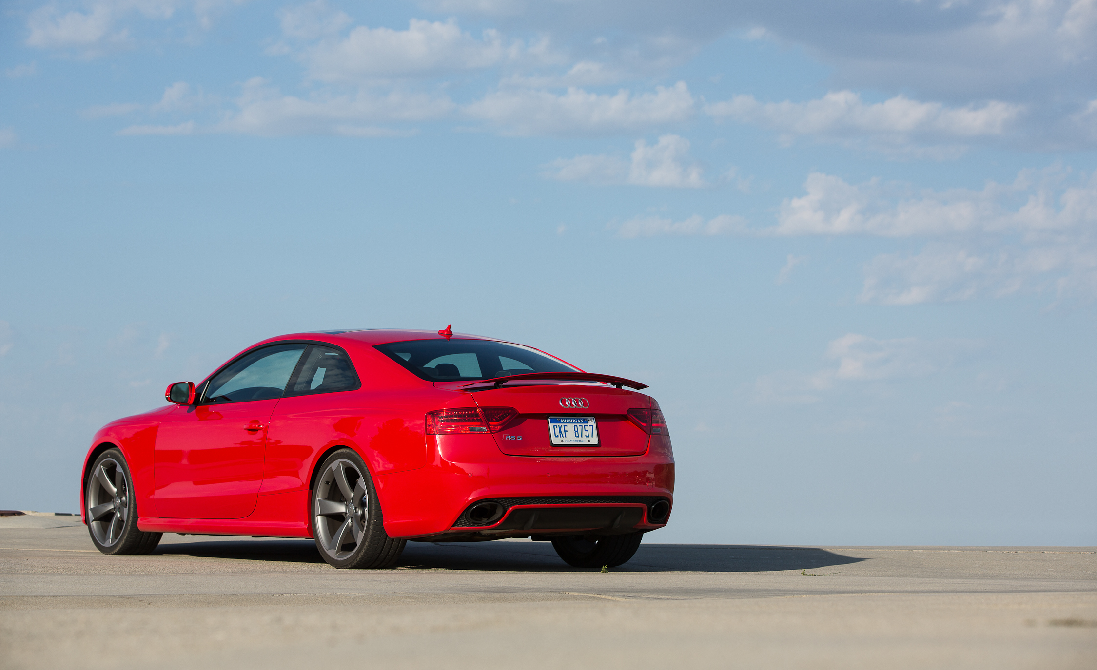 2013 Audi RS 5 Exterior Rear And Side (View 21 of 41)