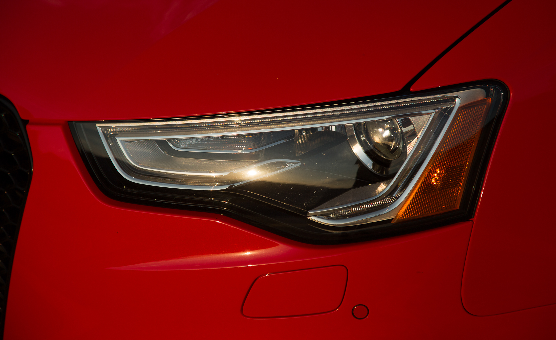 2013 Audi RS 5 Exterior View Headlamp (Photo 12 of 41)