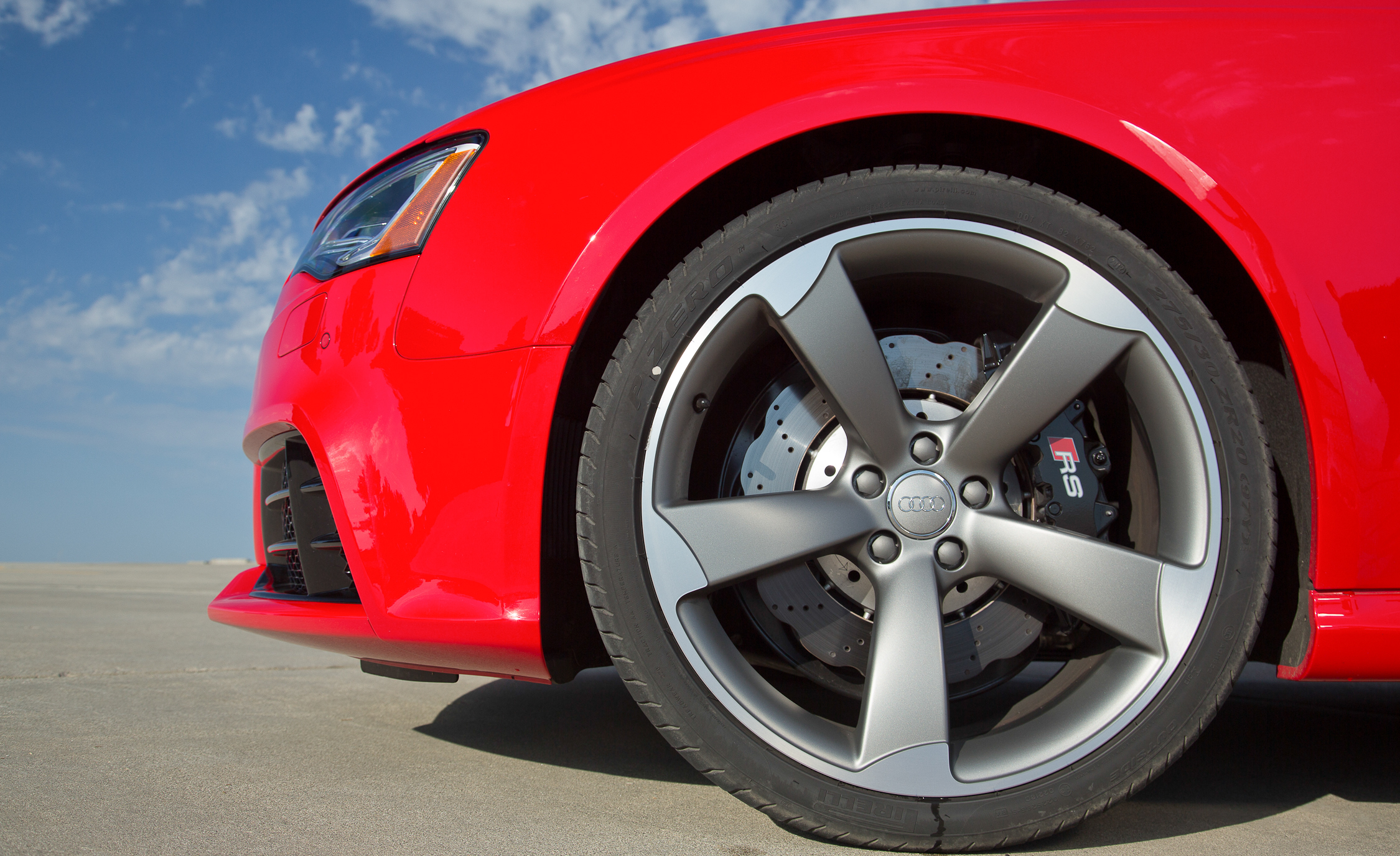 2013 Audi RS 5 Exterior View Wheel (Photo 17 of 41)