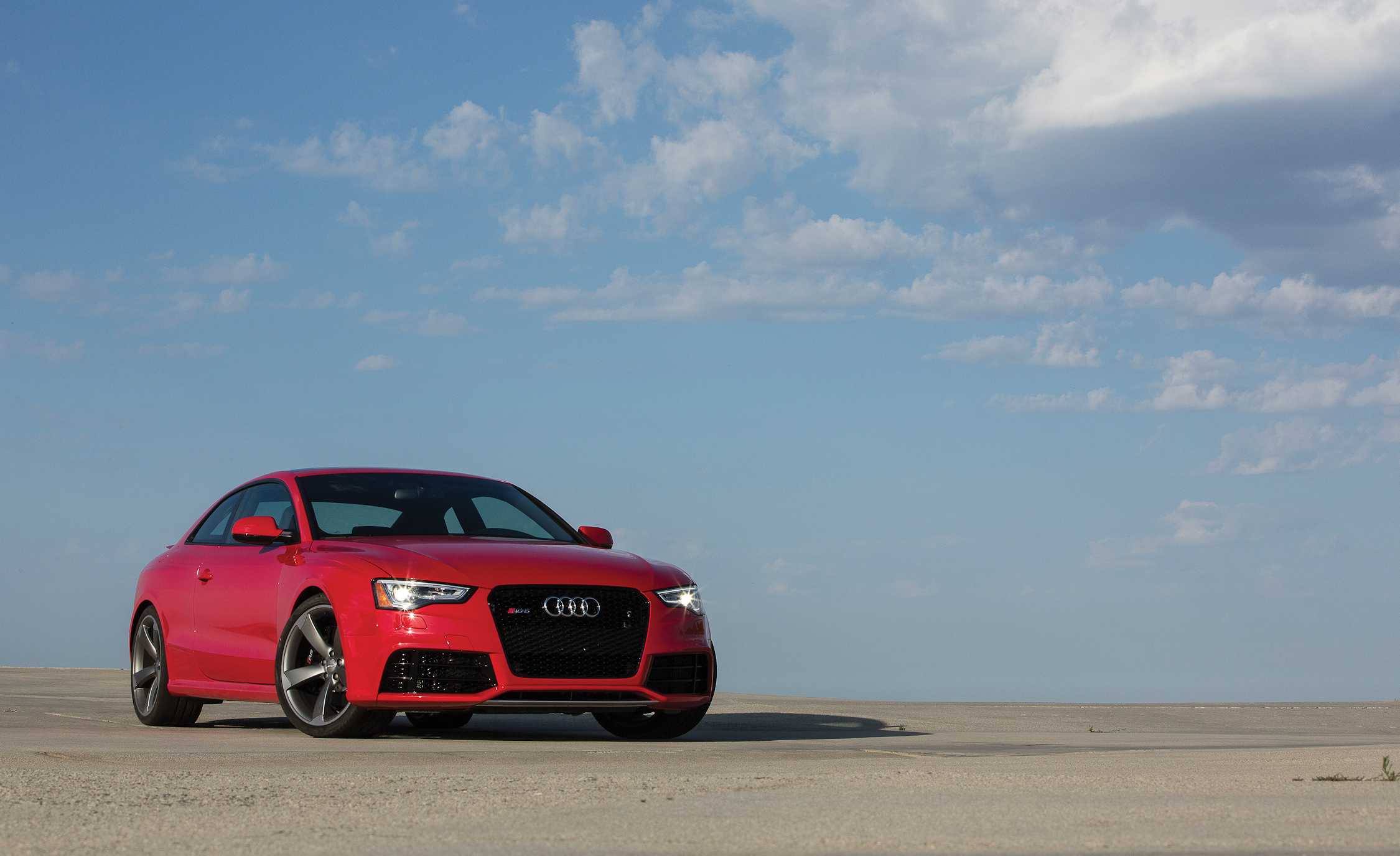 2013 Audi RS 5 Exterior (Photo 2 of 41)