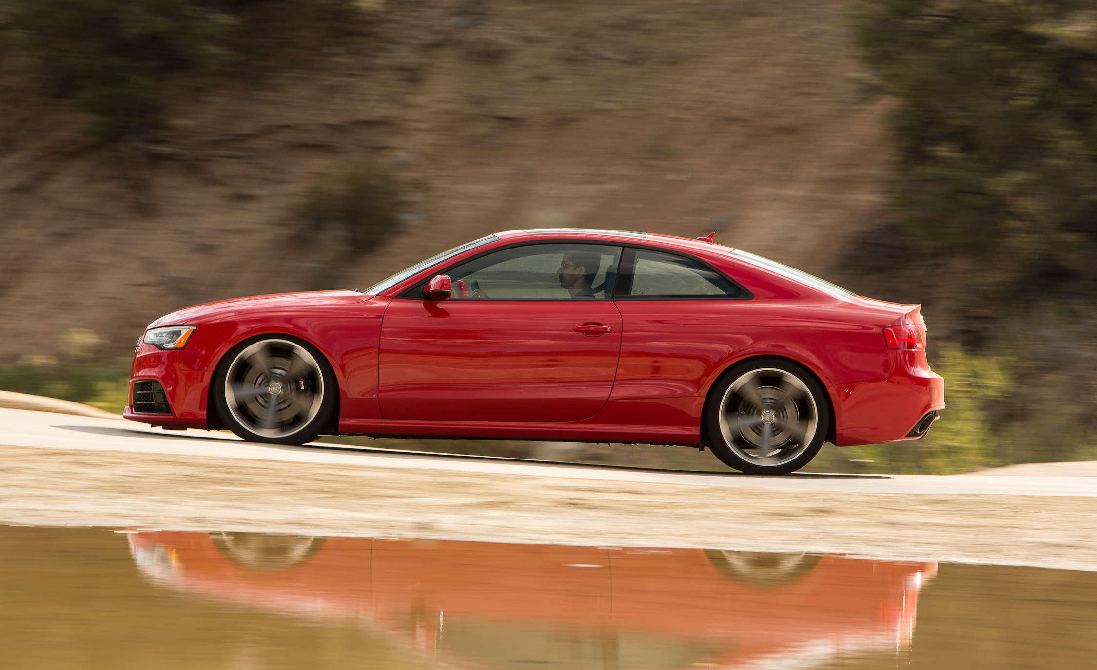 2013 Audi RS 5 Test Drive Side View (Photo 36 of 41)