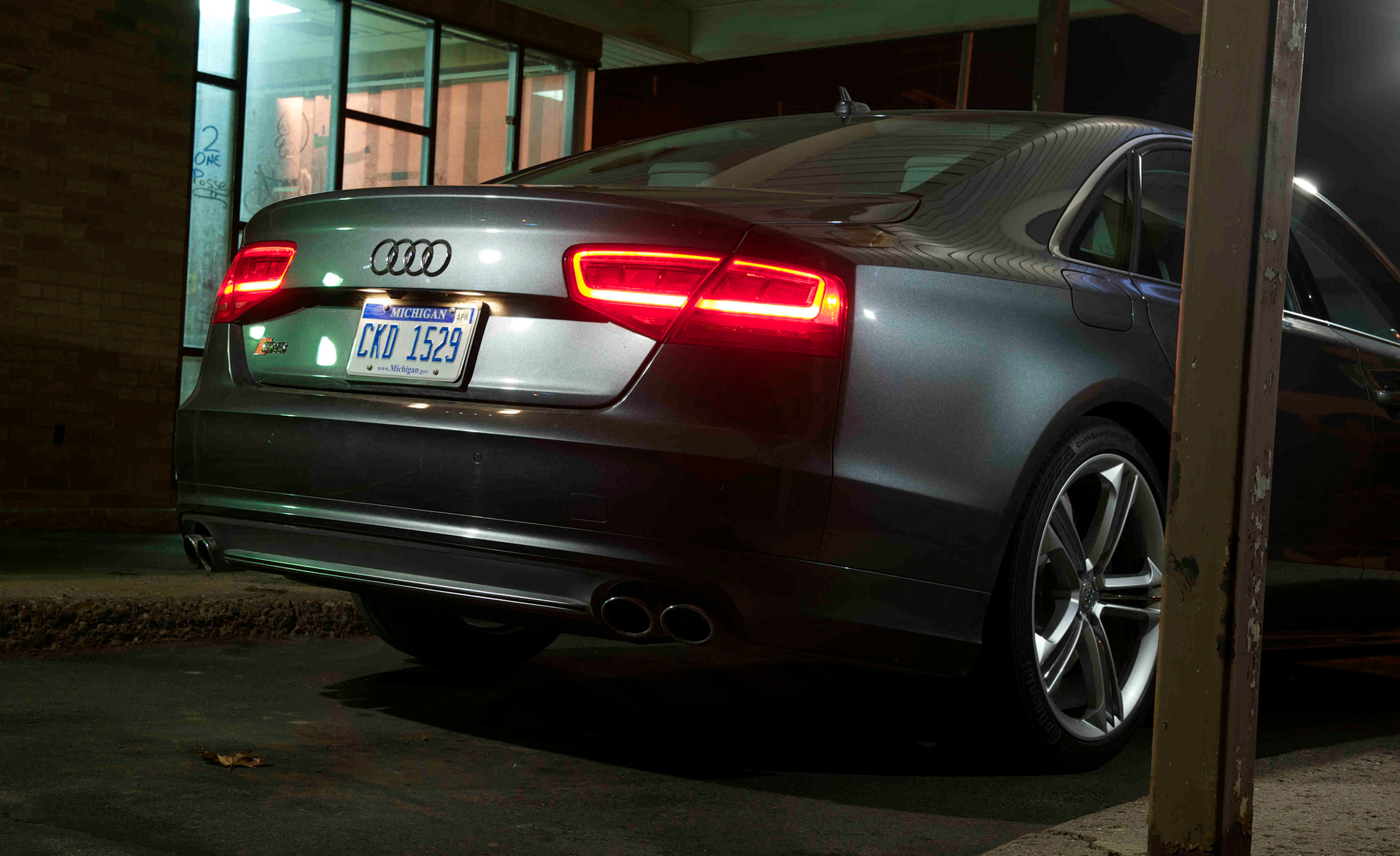2013 Audi S8 Exterior Rear (View 25 of 25)