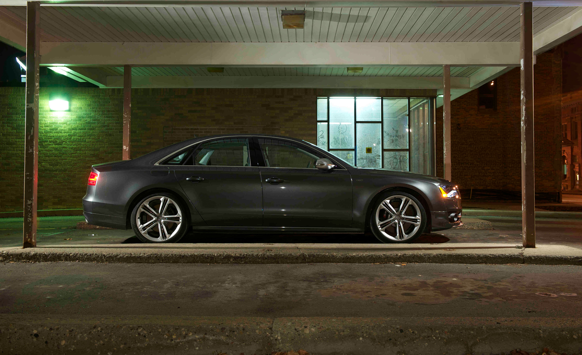 2013 Audi S8 Exterior Side (View 23 of 25)