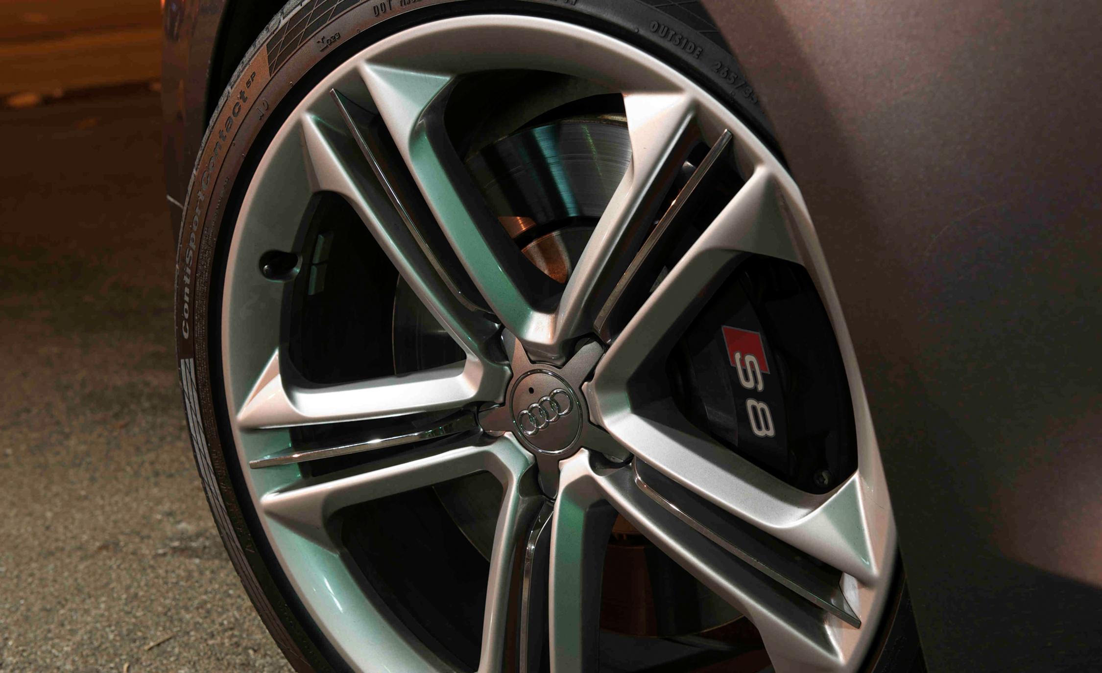 2013 Audi S8 Exterior View Wheel Velg (Photo 9 of 25)