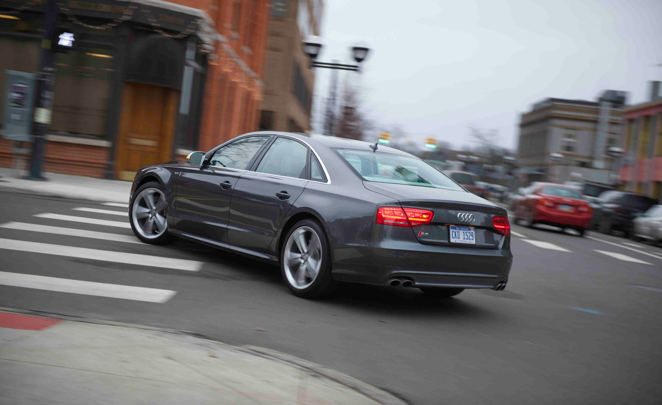 2013 Audi S8 Test Drive Rear And Side View (View 7 of 25)