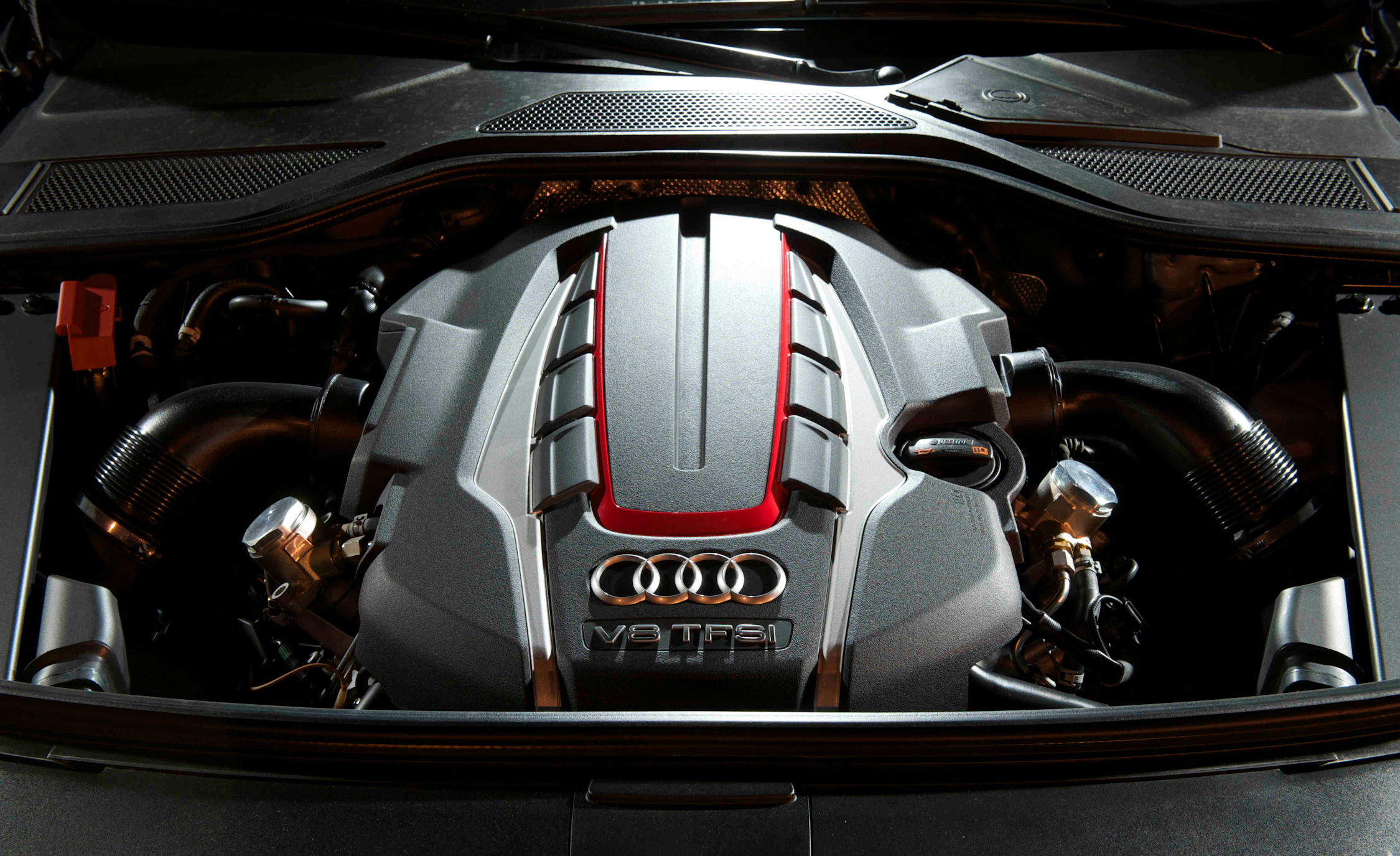 2013 Audi S8 View Engine (Photo 2 of 25)