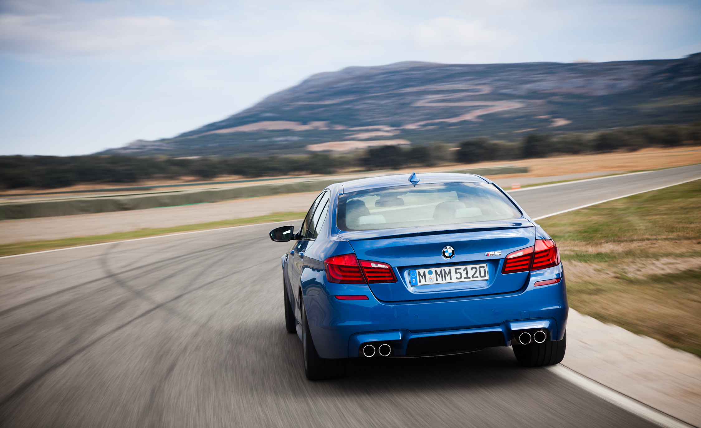 2013 BMW M5 Test Drive Rear View (View 4 of 22)