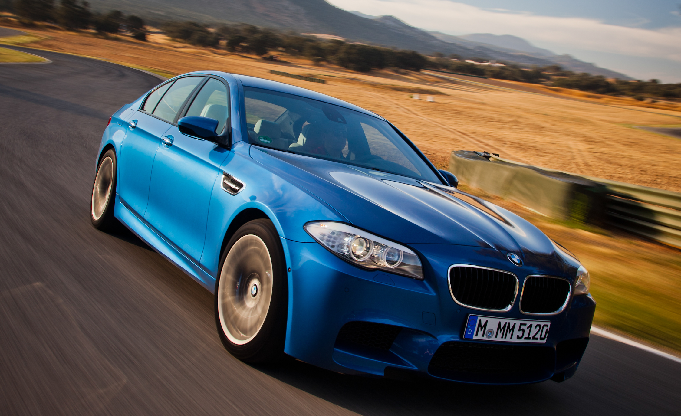 2013 BMW M (View 21 of 22)