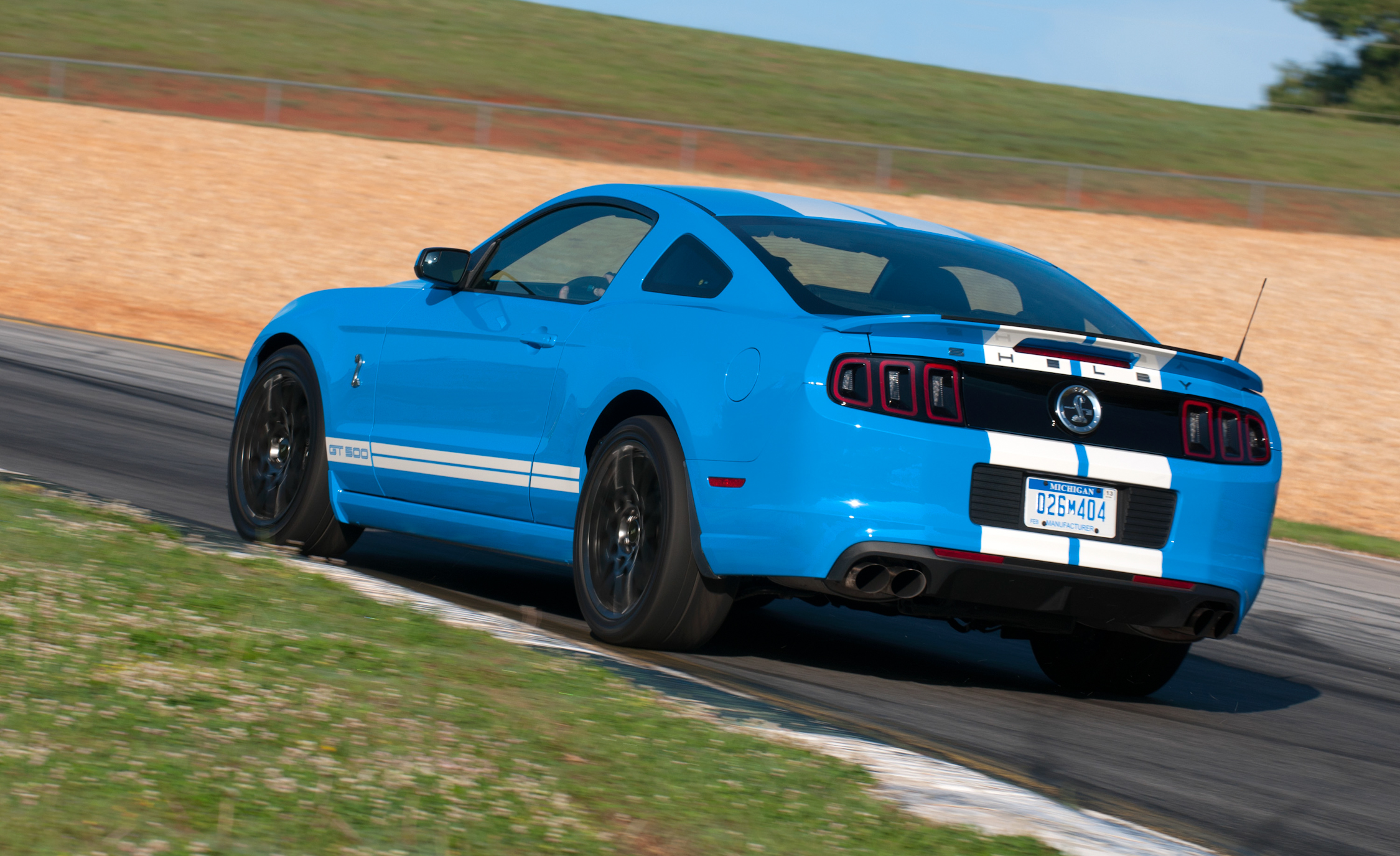2013 Ford Mustang Shelby GT500 Blue Test Drive Side And Rear View (View 31 of 47)