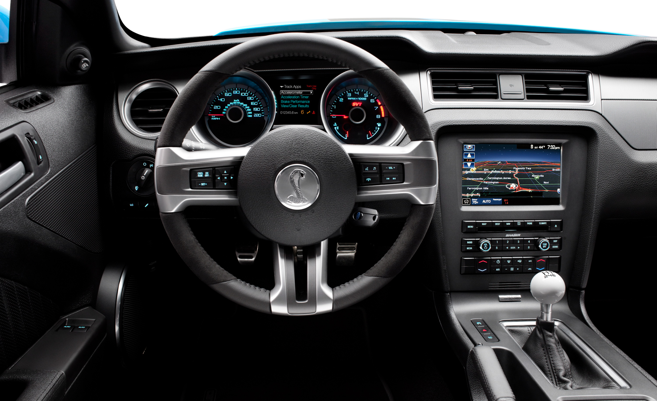 2013 Ford Mustang Shelby GT500 Interior View Steering Wheel (View 26 of 47)