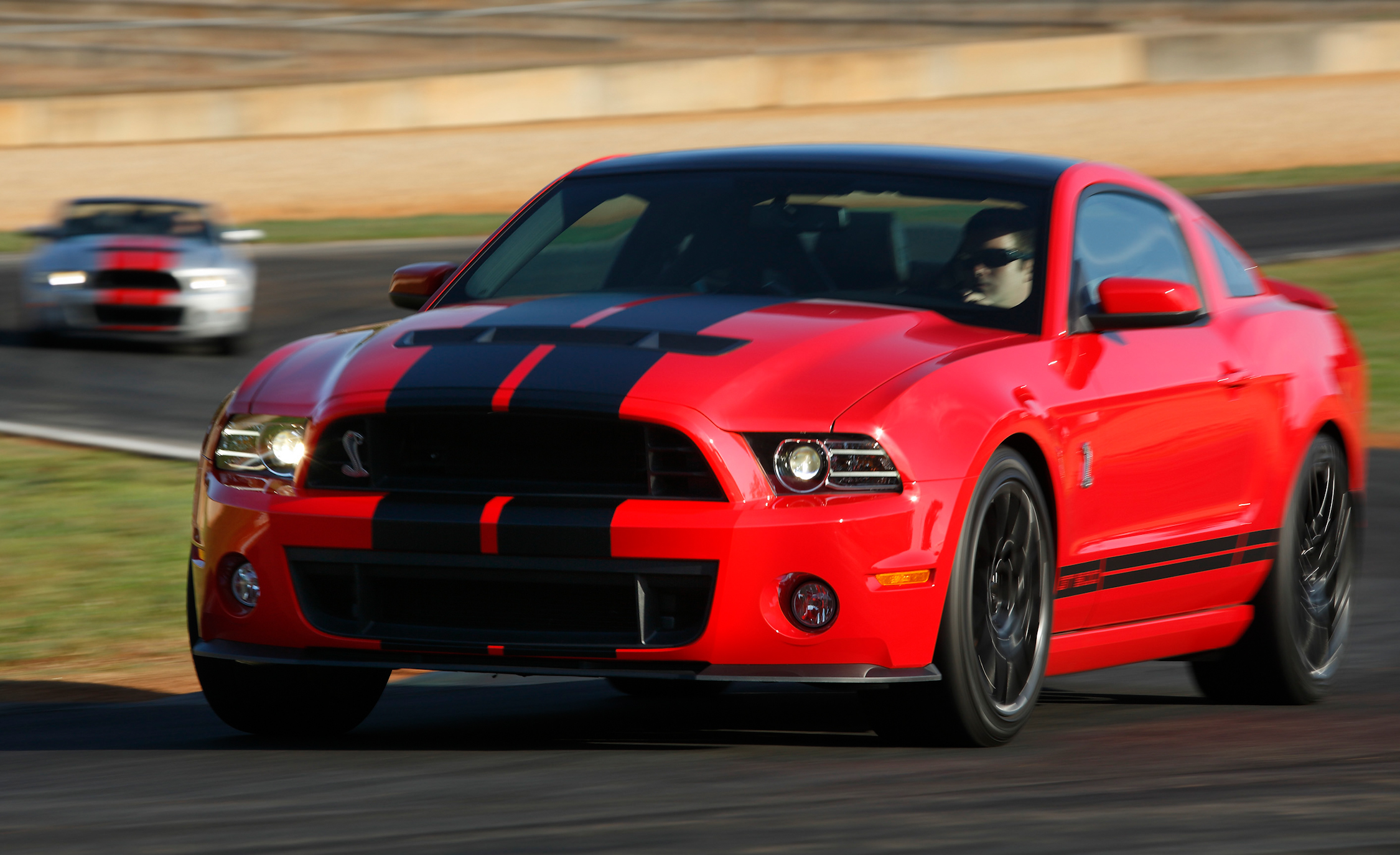 2013 Ford Mustang Shelby GT500 Red Test Drive Circuit (View 45 of 47)