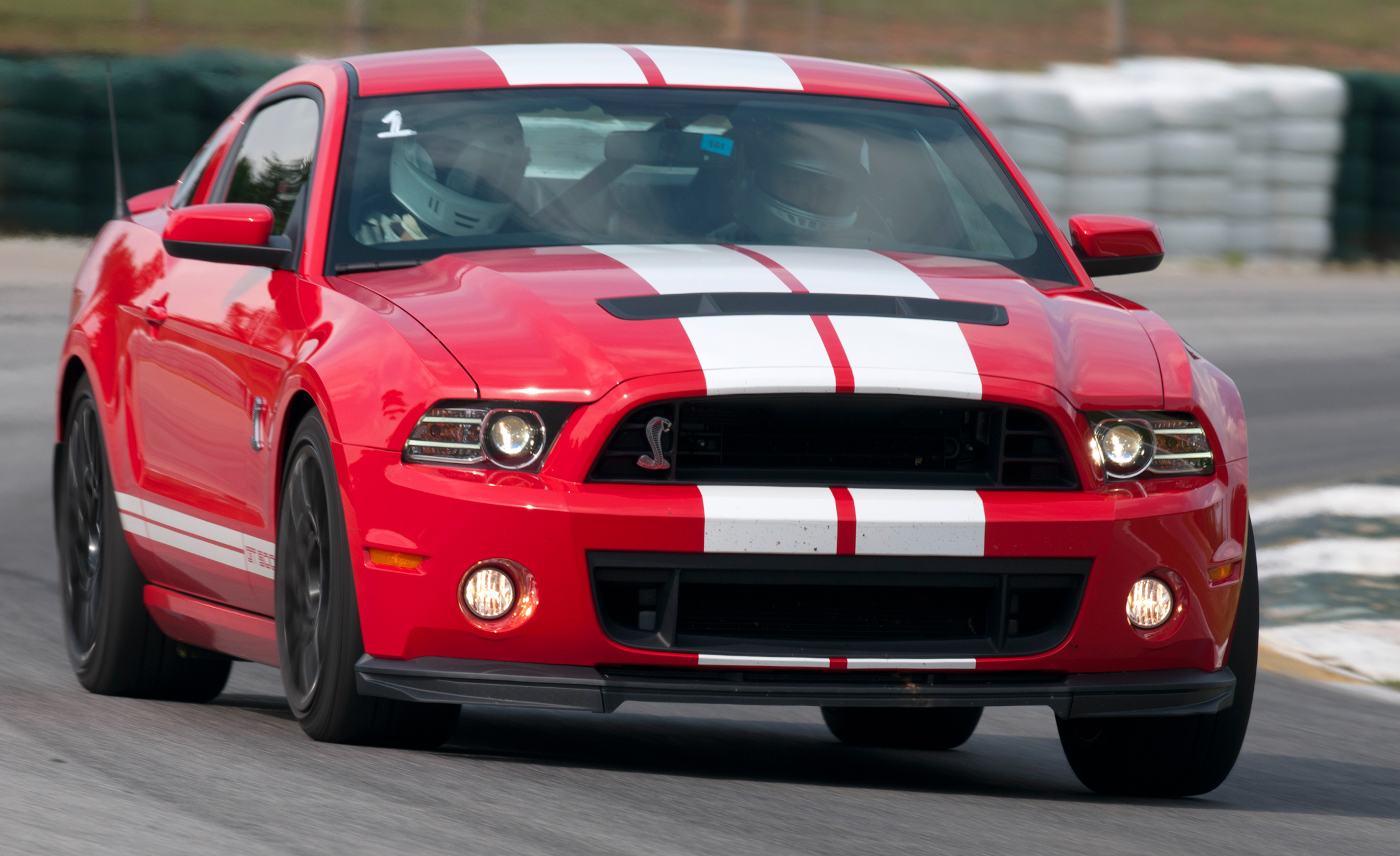 2013 Ford Mustang Shelby GT500 Red Test Drive Front Corner (Photo 34 of 47)