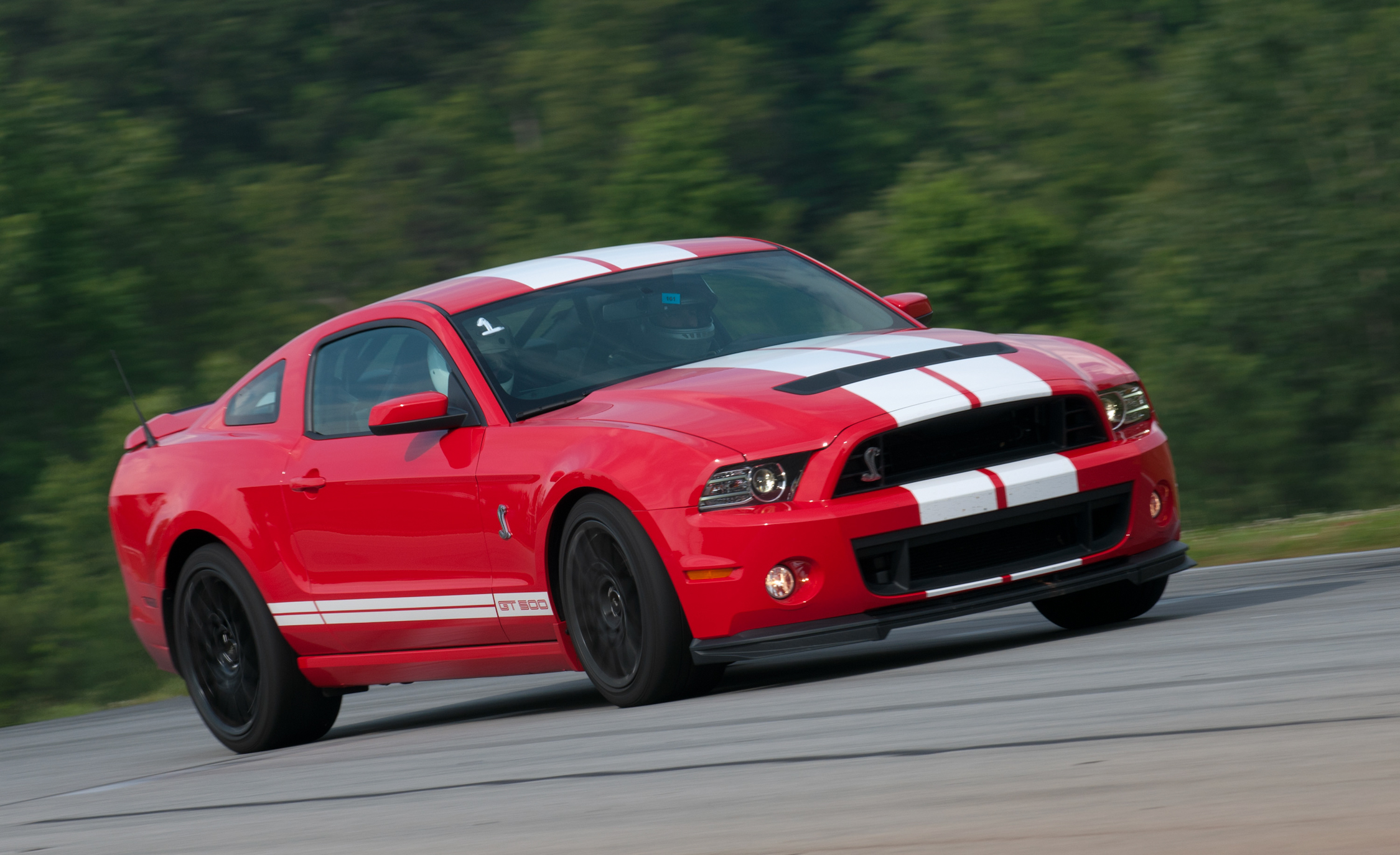 2013 Ford Mustang Shelby GT500 Red (Photo 28 of 47)