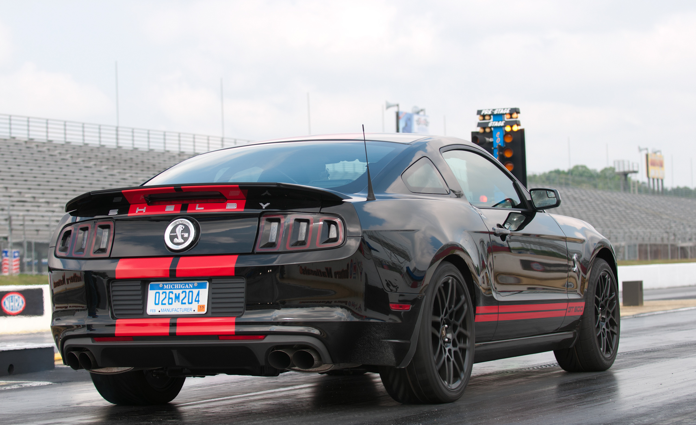 2013 Ford Shelby GT500 Black Rear View (Photo 42 of 47)