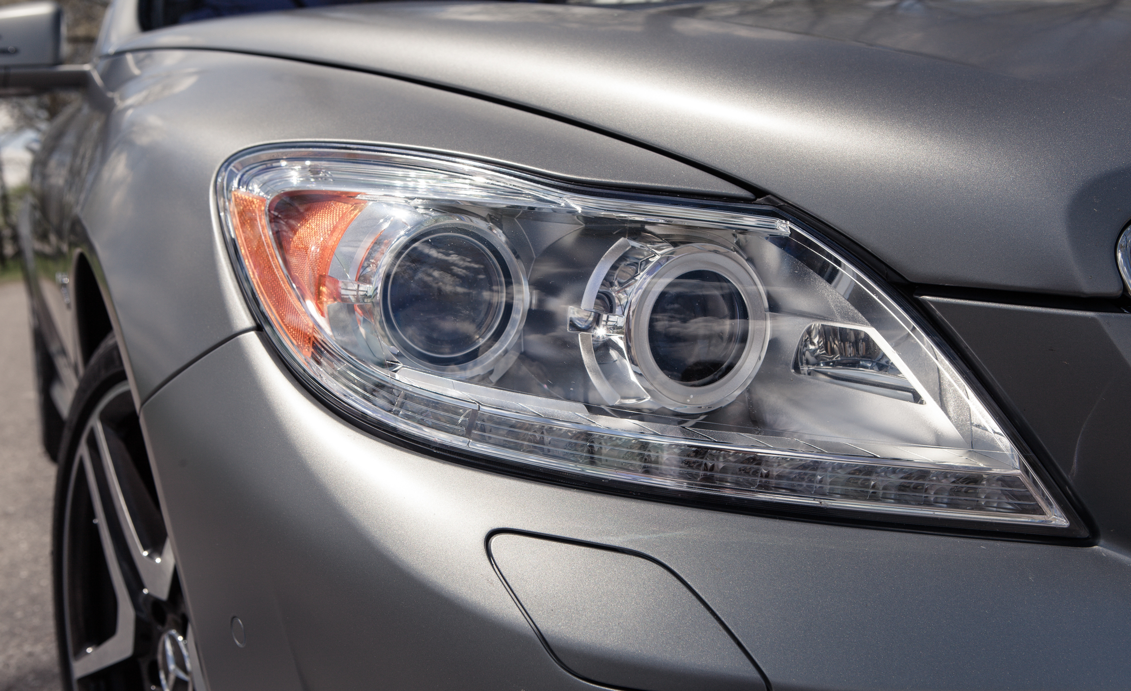 2013 Mercedes Benz CL65 AMG Exterior View Headlight (Photo 6 of 27)