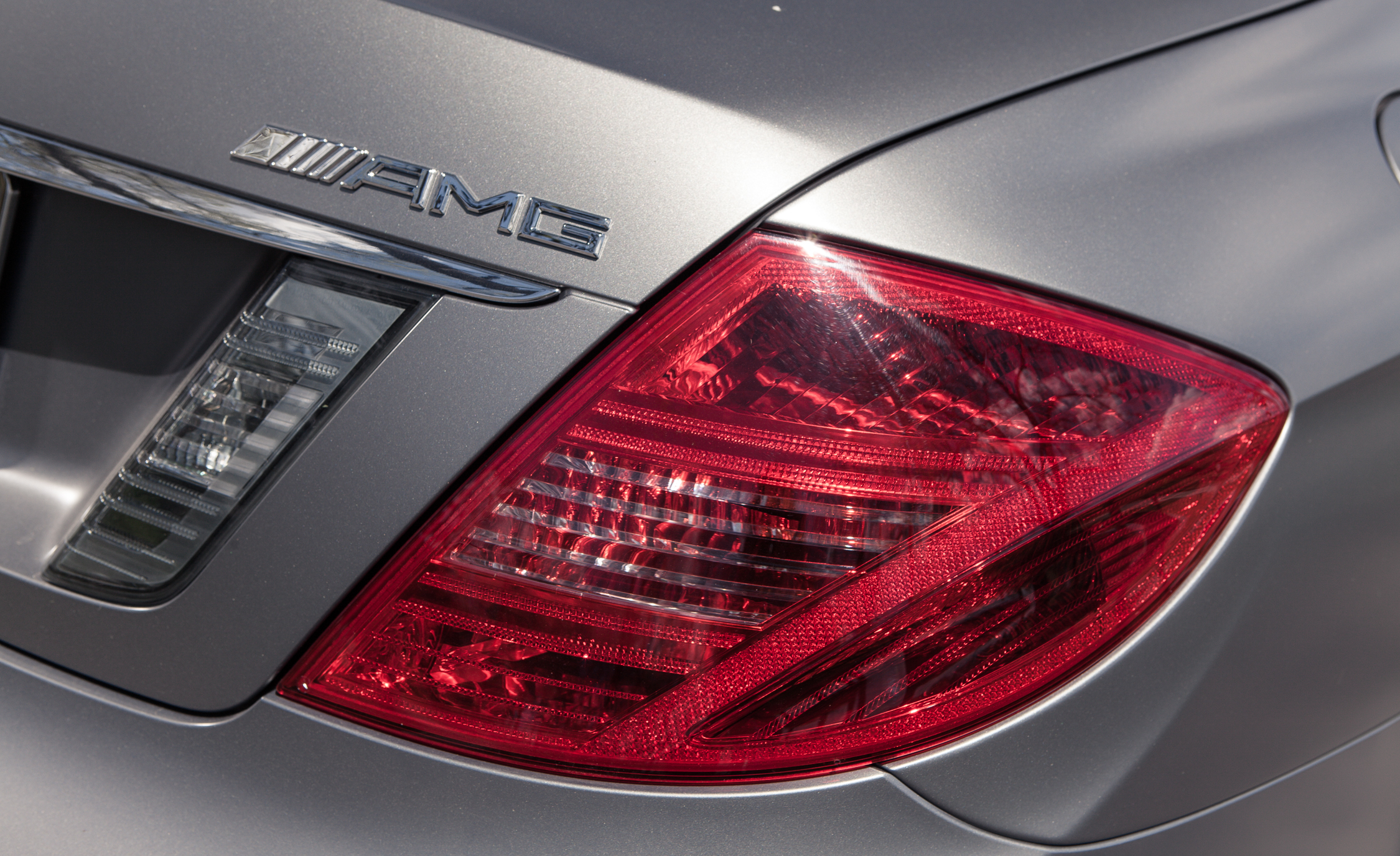 2013 Mercedes Benz CL65 AMG Exterior View Taillight (Photo 7 of 27)