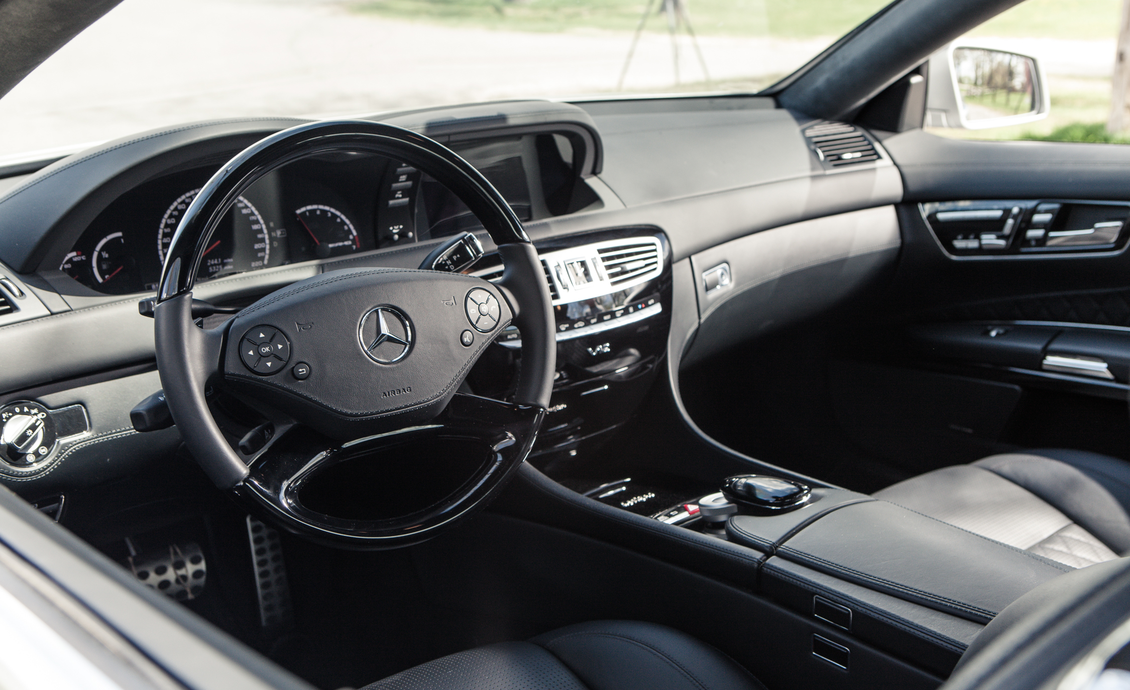 2013 Mercedes Benz CL65 AMG Interior Driver Steering (Photo 14 of 27)