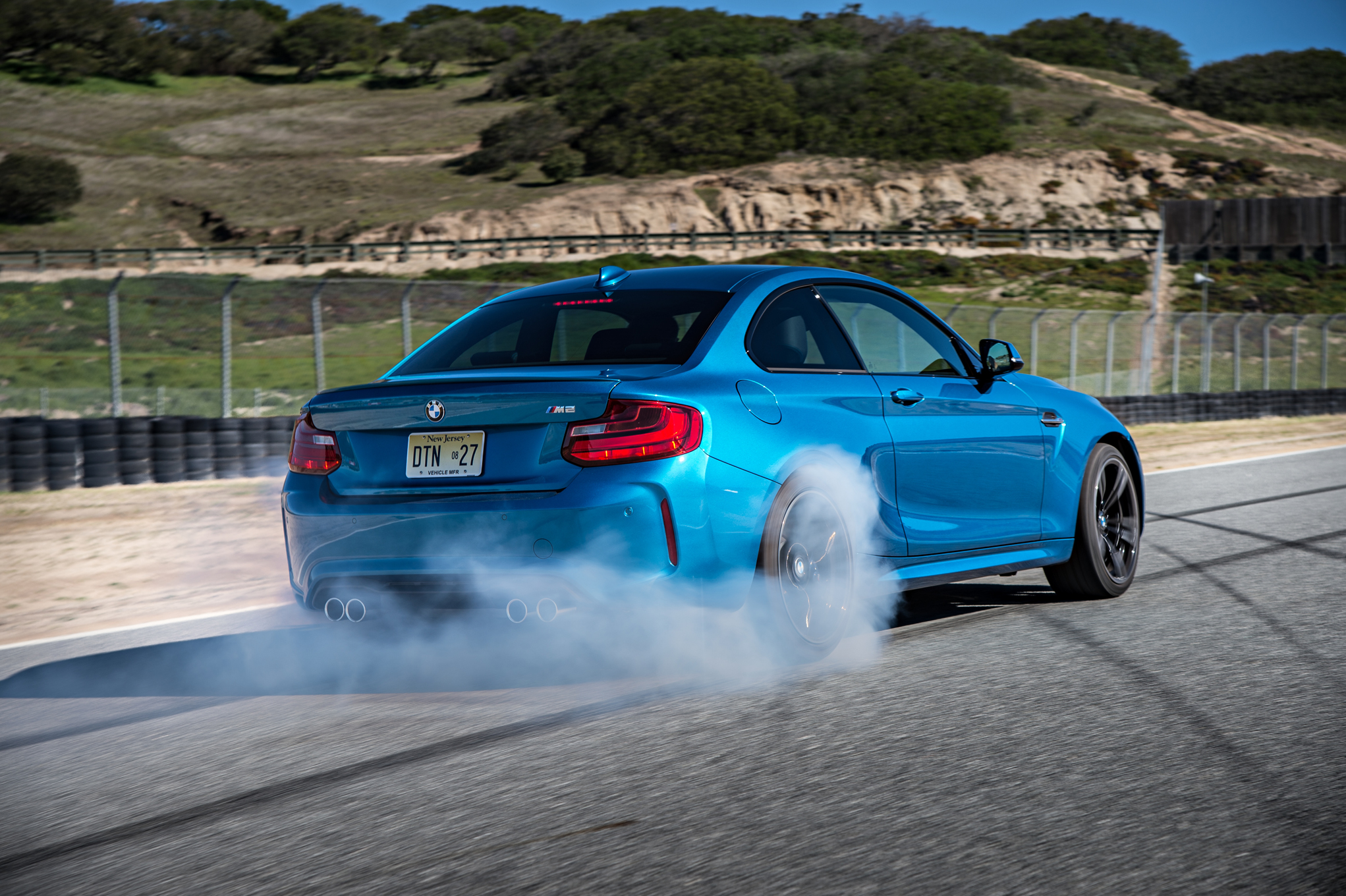 2016 BMW M2 Circuit Test Rear And Side View (Photo 5 of 61)