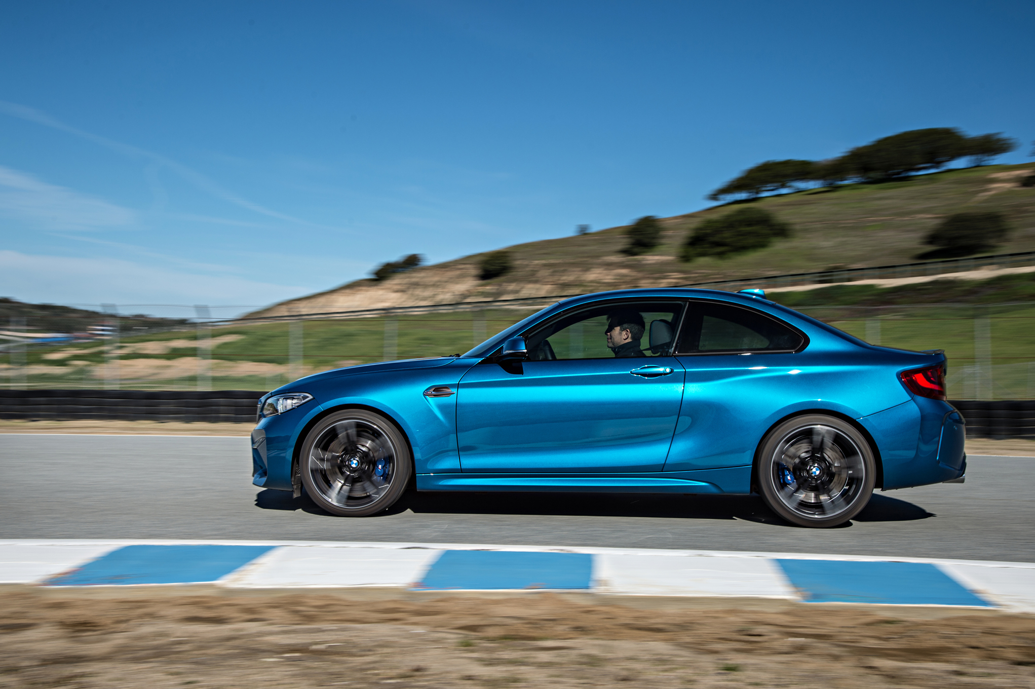 2016 BMW M2 Coupe Blue Metallic Side View (Photo 11 of 61)