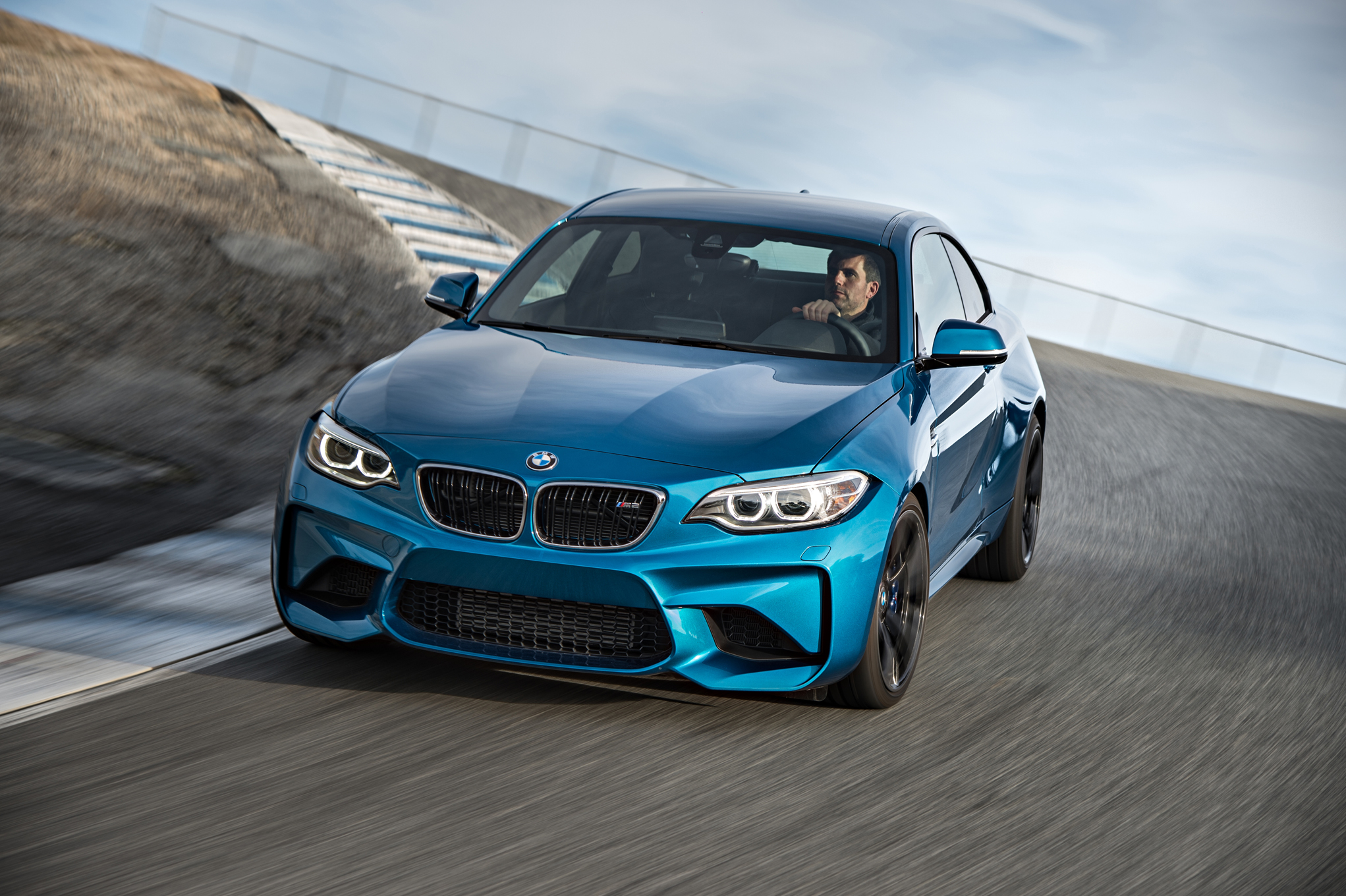 2016 BMW M2 Coupe Blue Metallic (Photo 7 of 61)