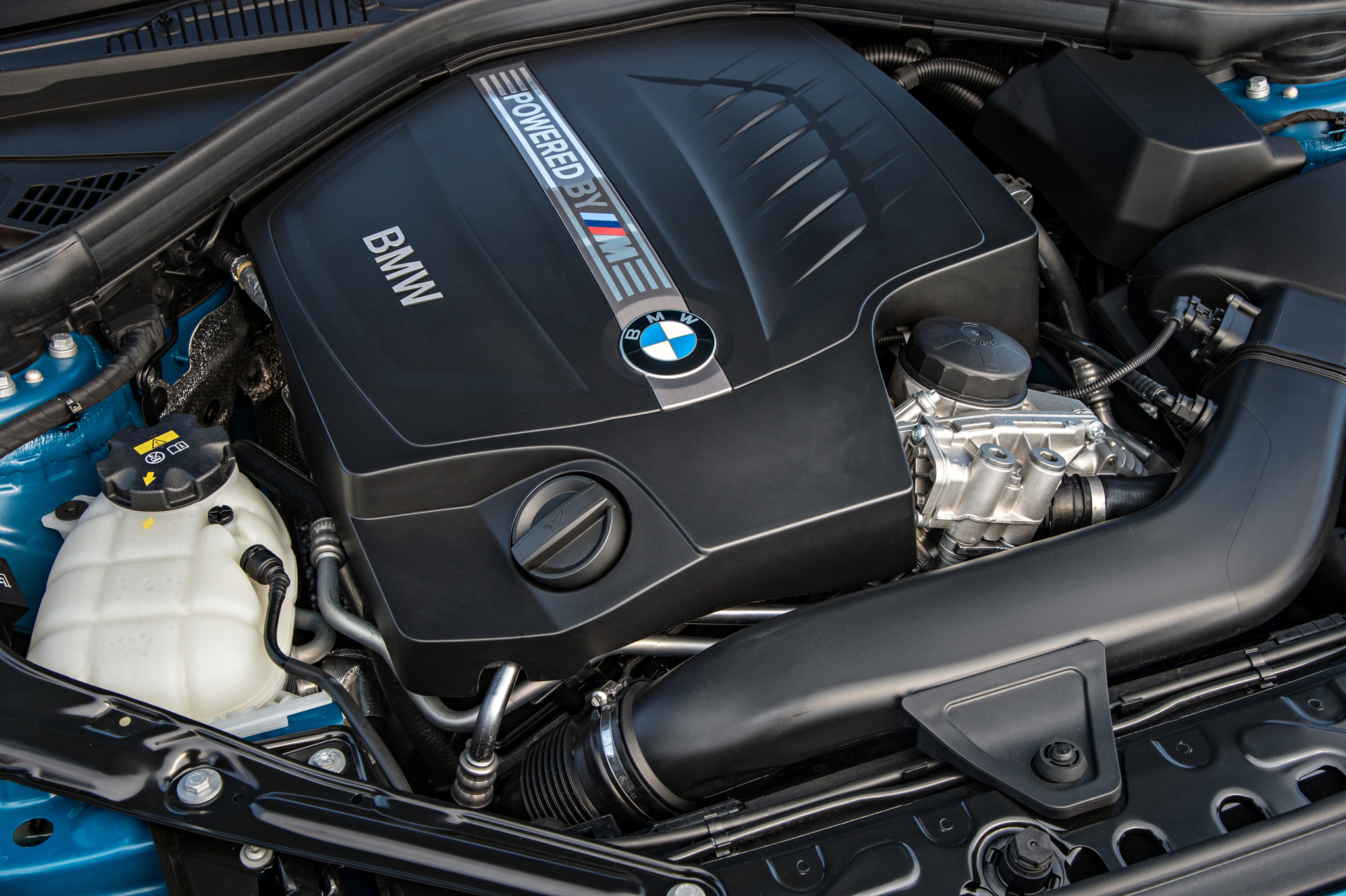 2016 BMW M2 Coupe View Engine (Photo 17 of 61)