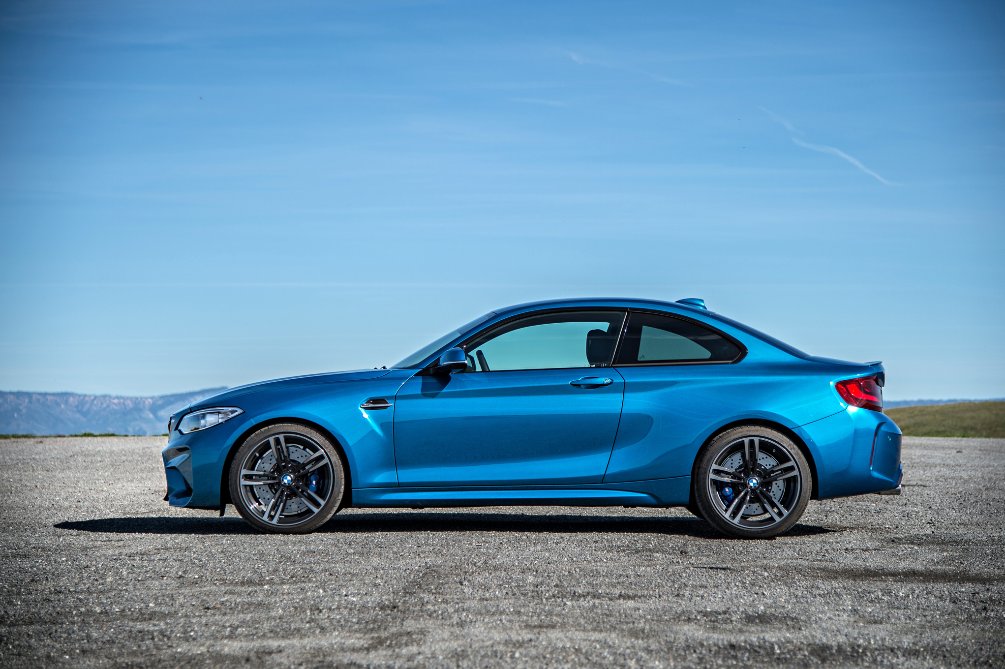 2016 BMW M2 Exterior Side (Photo 24 of 61)