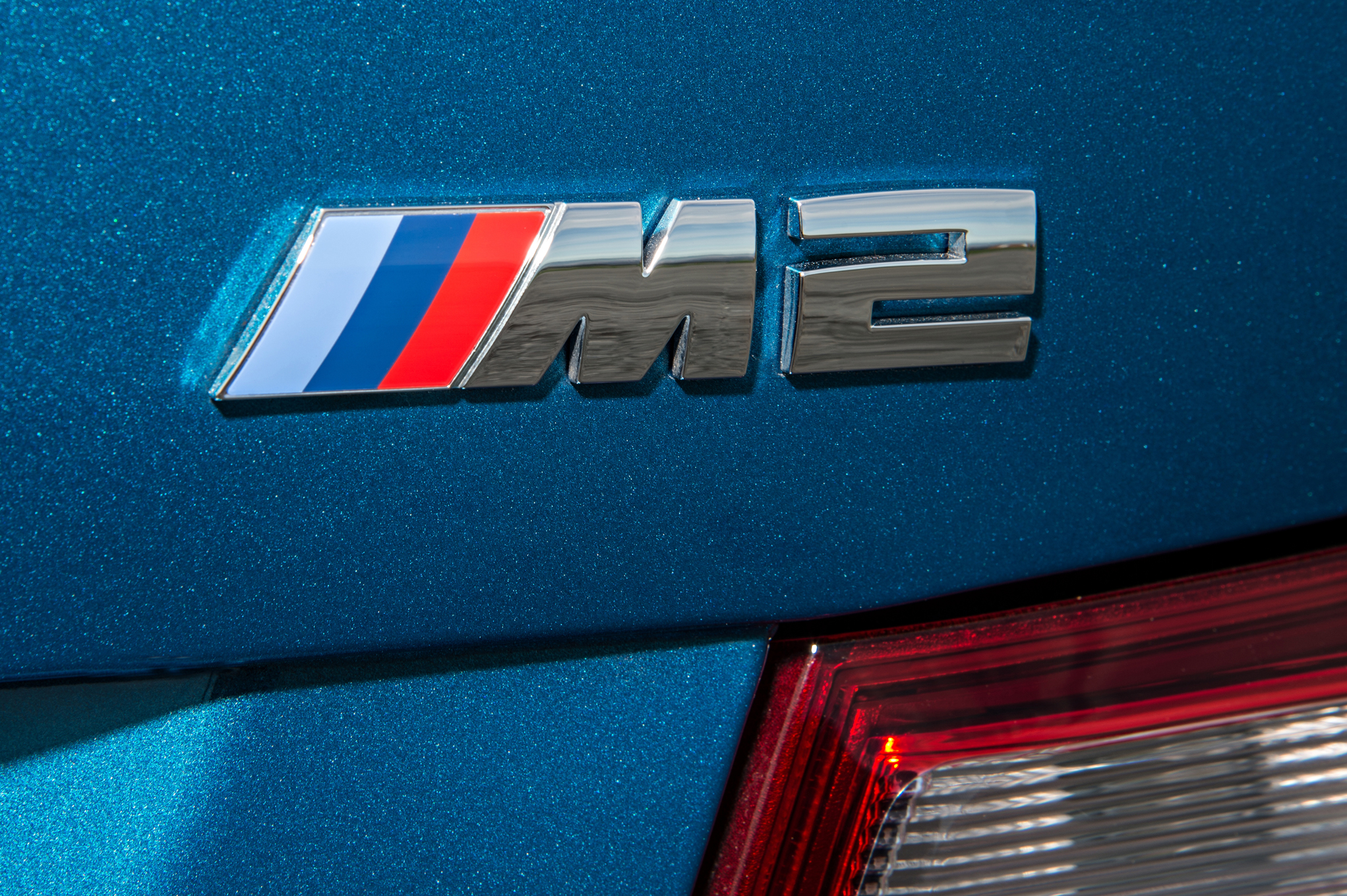 2016 BMW M2 Exterior View Rear Badge Emblem (Photo 30 of 61)