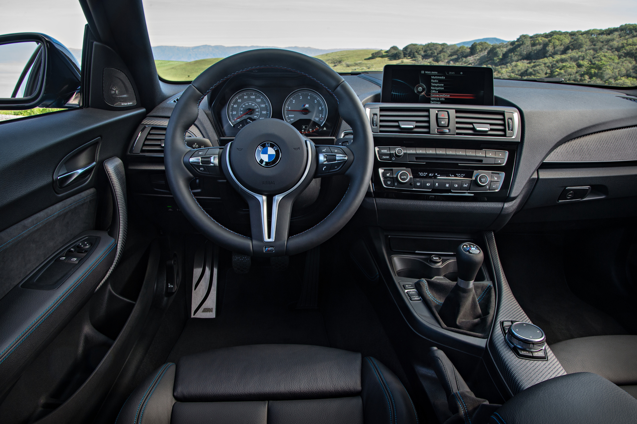 2016 BMW M2 Interior Cockpit And Speedometer (Photo 35 of 61)