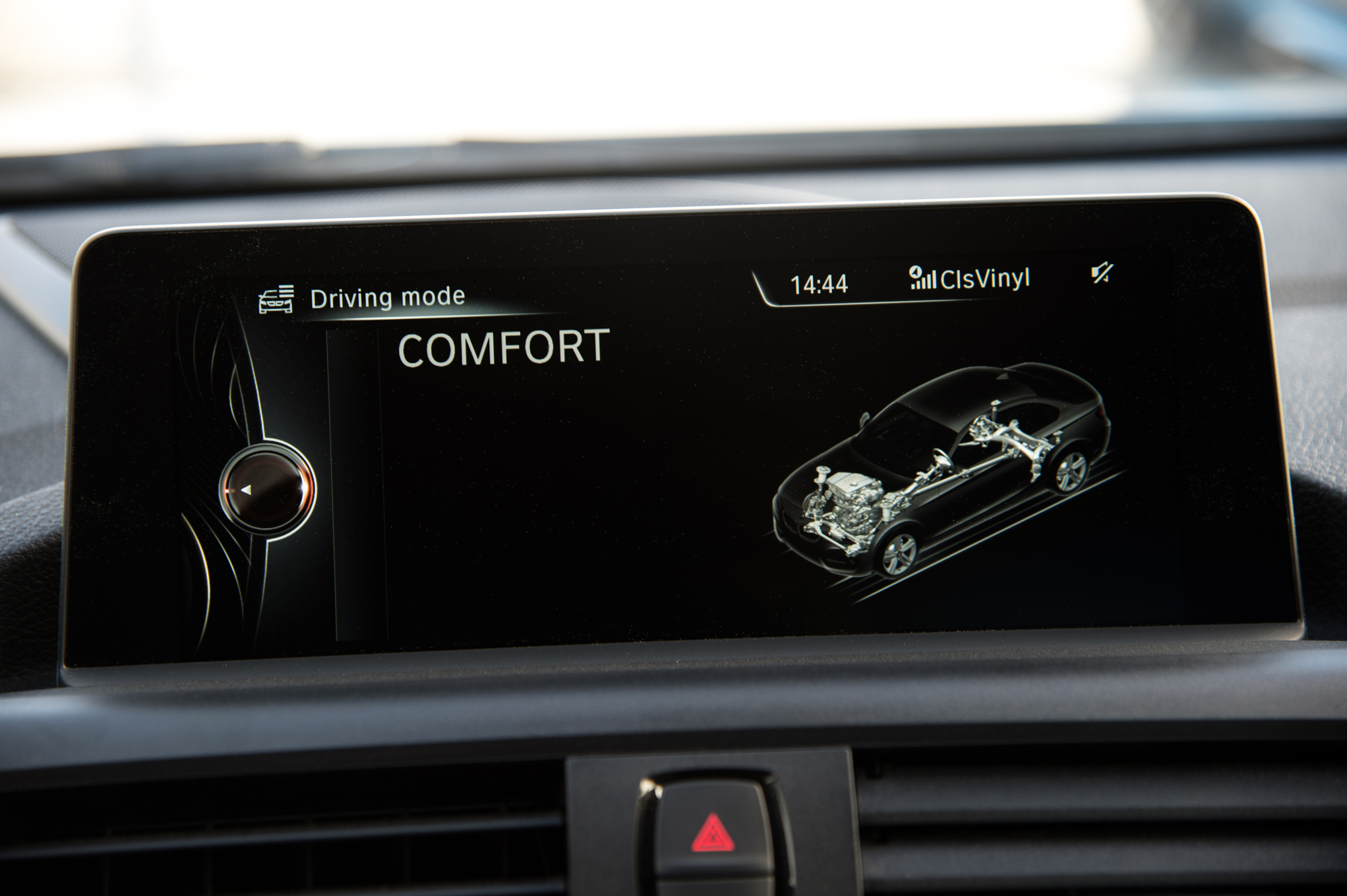 2016 BMW M2 Interior View Center Headunit Screen (Photo 41 of 61)