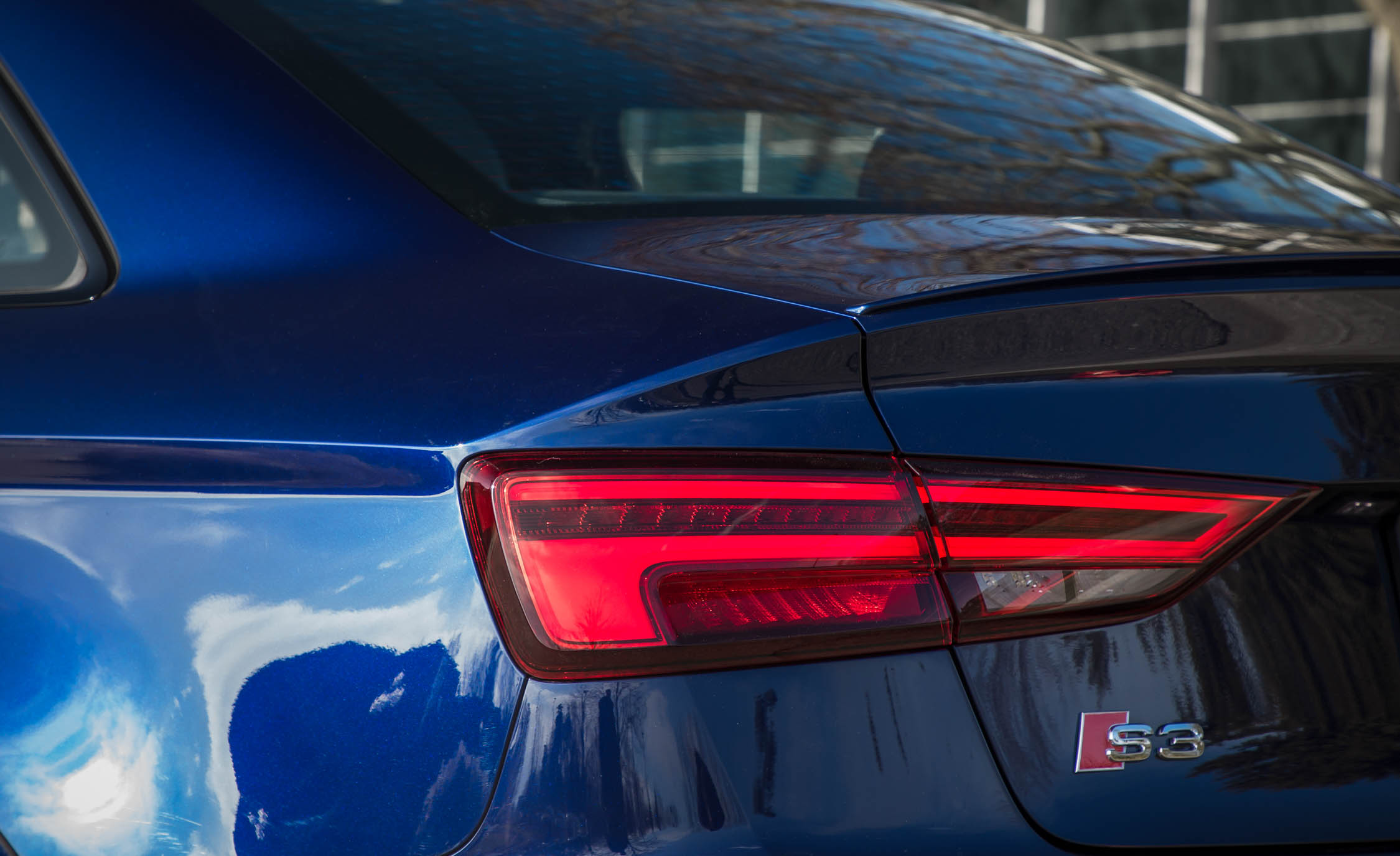 2017 Audi S3 Exterior View Taillight Left (Photo 42 of 50)