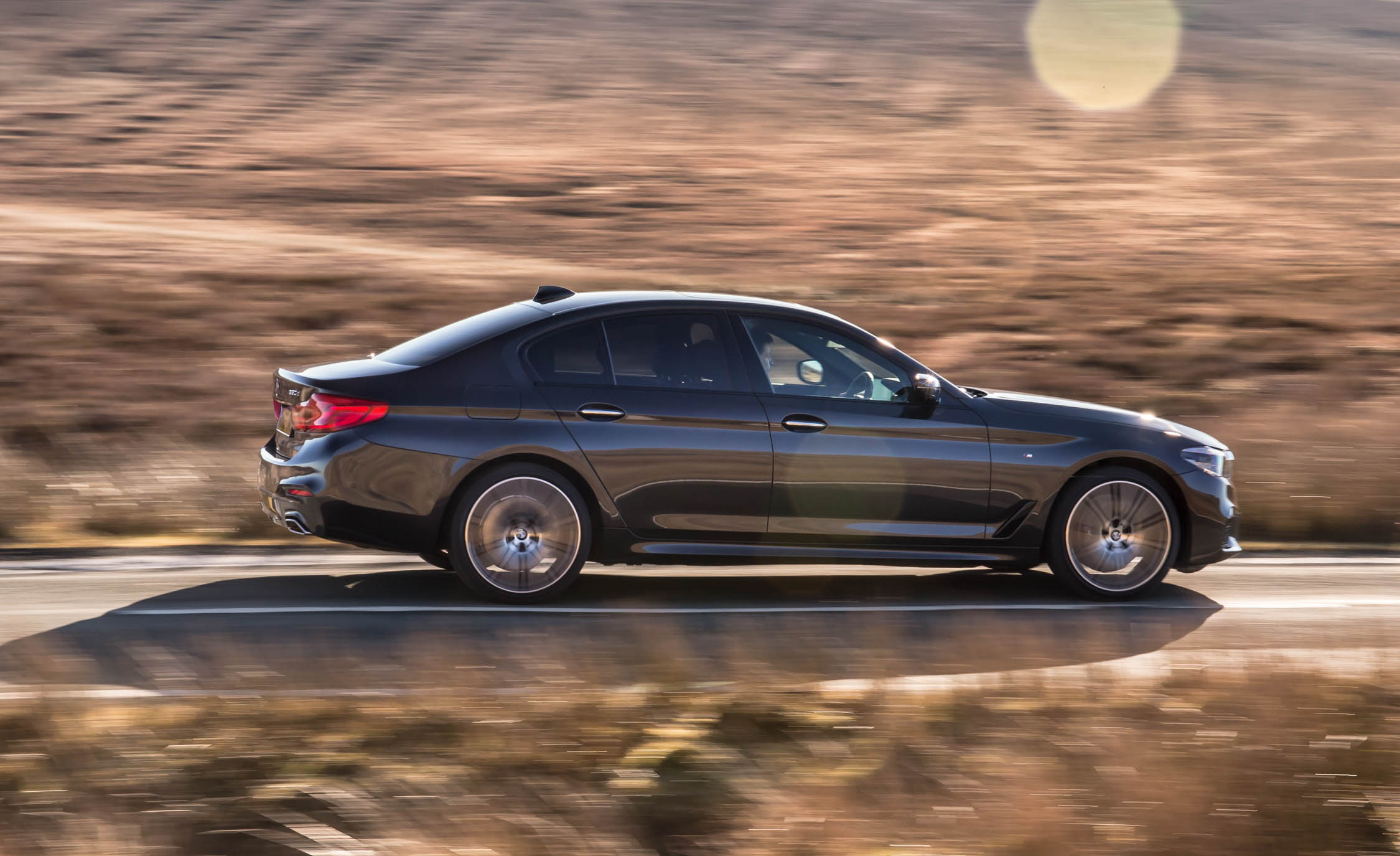 2017 BMW 530d XDrive Test Drive Side View (View 4 of 32)