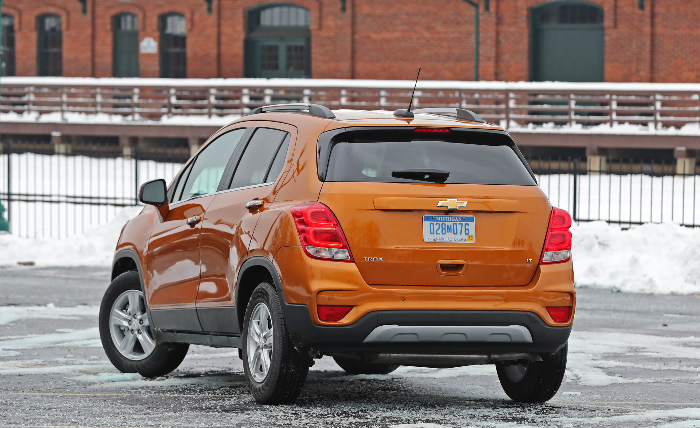 2017 Chevrolet Trax Exterior Rear (View 45 of 47)