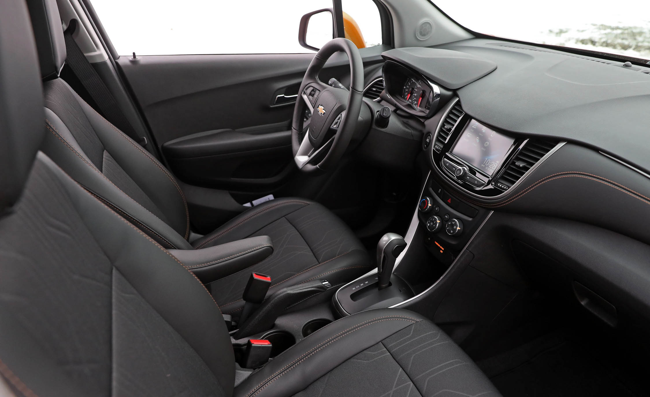 2017 Chevrolet Trax Interior Cockpit And Dashboard (View 36 of 47)