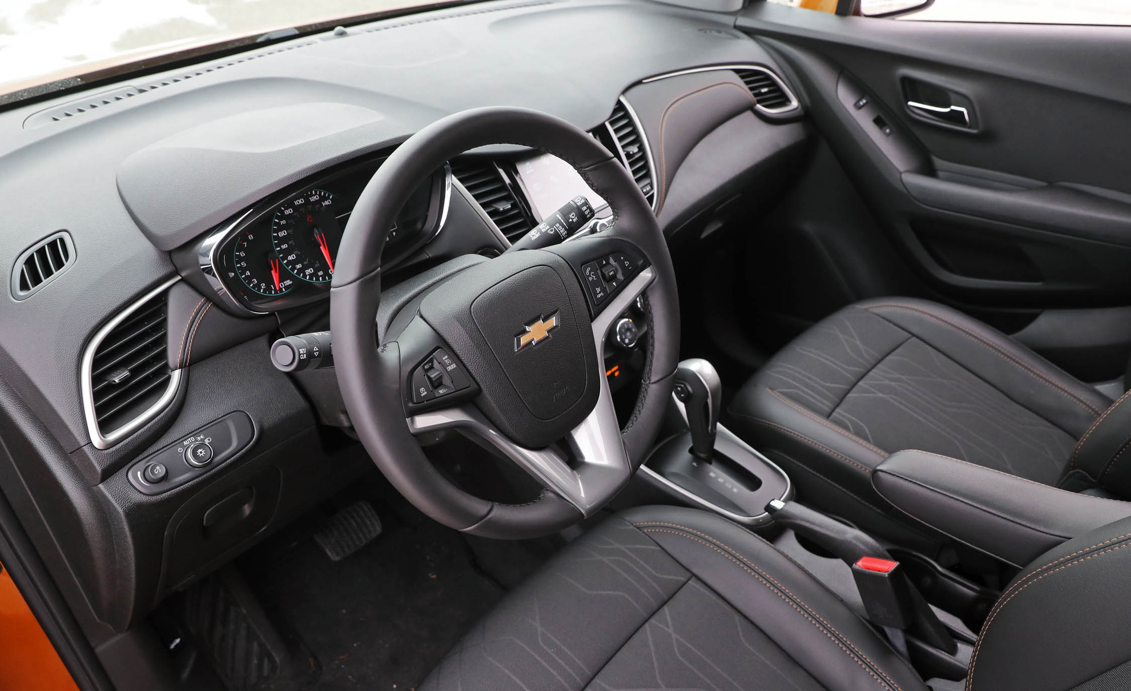 2017 Chevrolet Trax Interior Cockpit Steering (Photo 17 of 47)