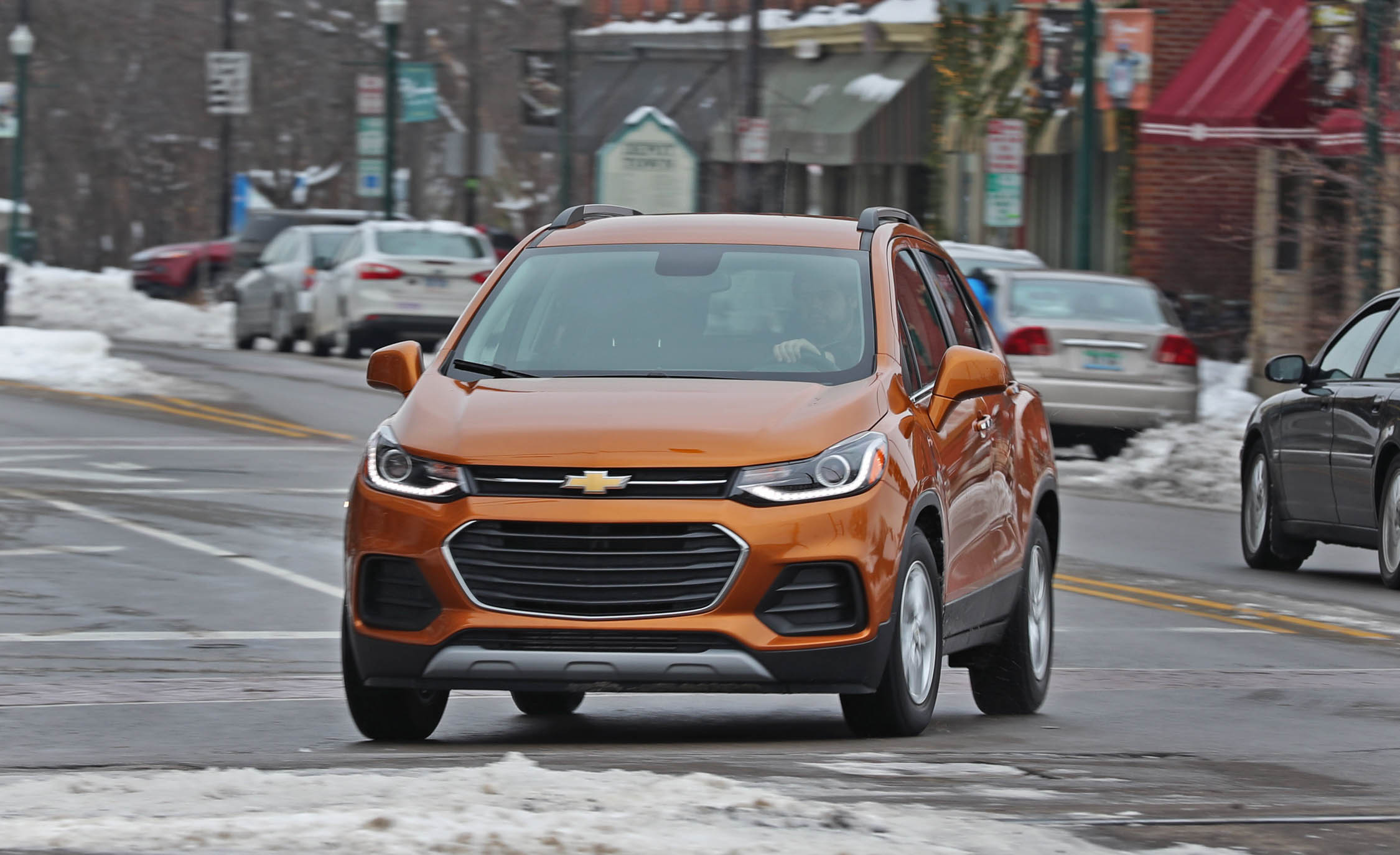 2017 Chevrolet Trax Test Drive Front Corner (Photo 37 of 47)