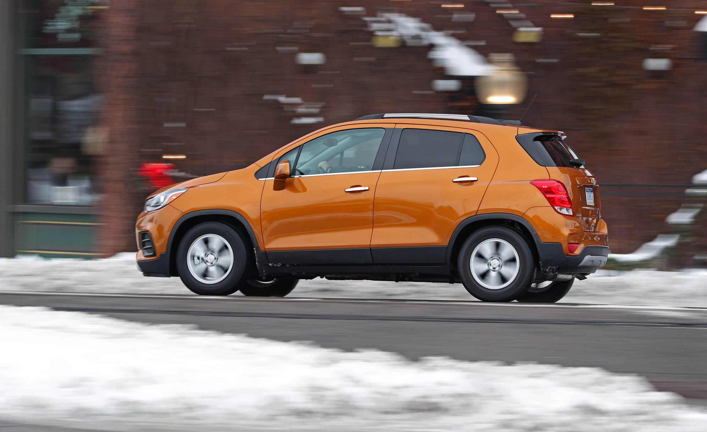 2017 Chevrolet Trax Test Drive Side And Rear View (Photo 42 of 47)