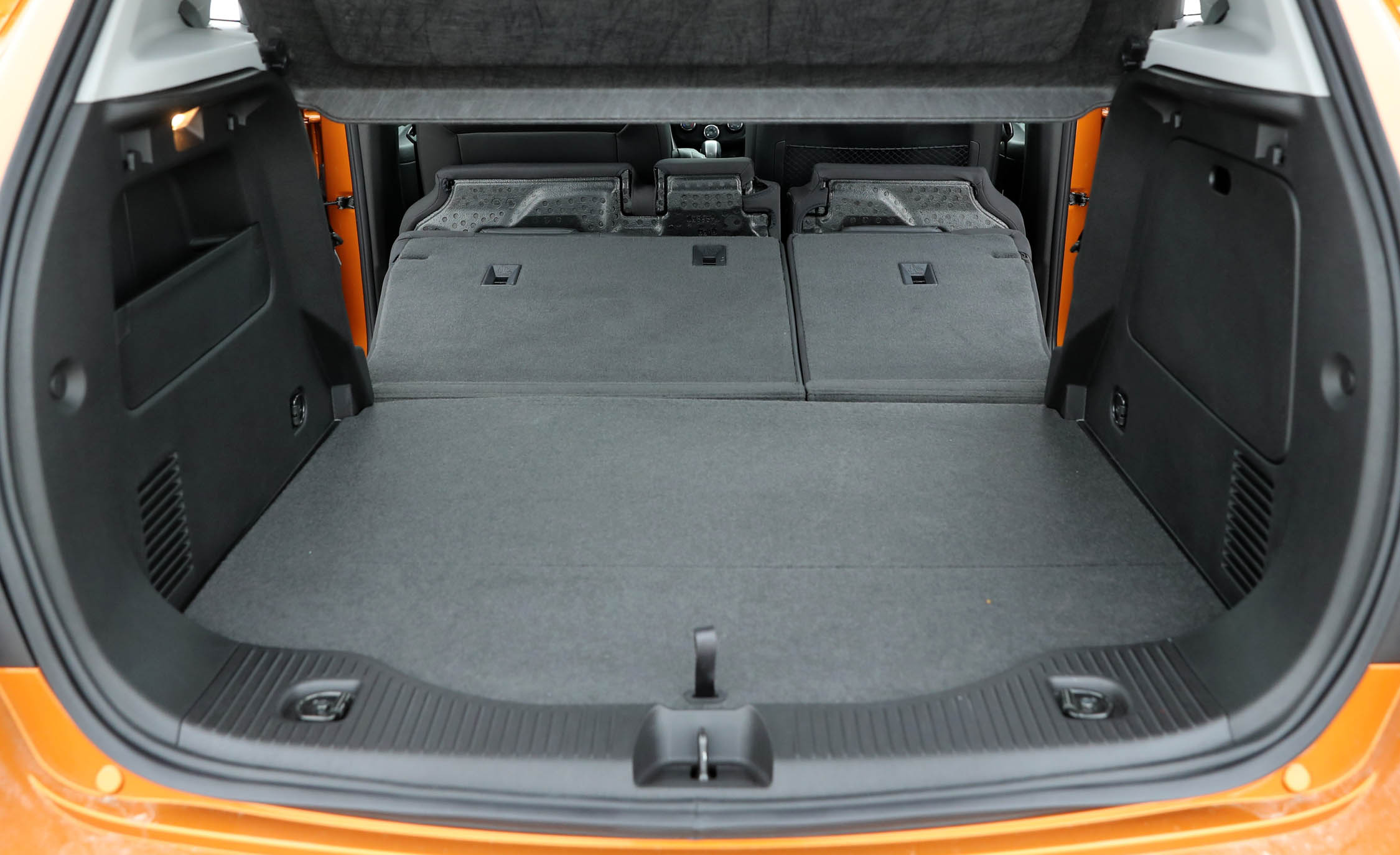 2017 Chevrolet Trax View Cargo Seats Folded (Photo 46 of 47)