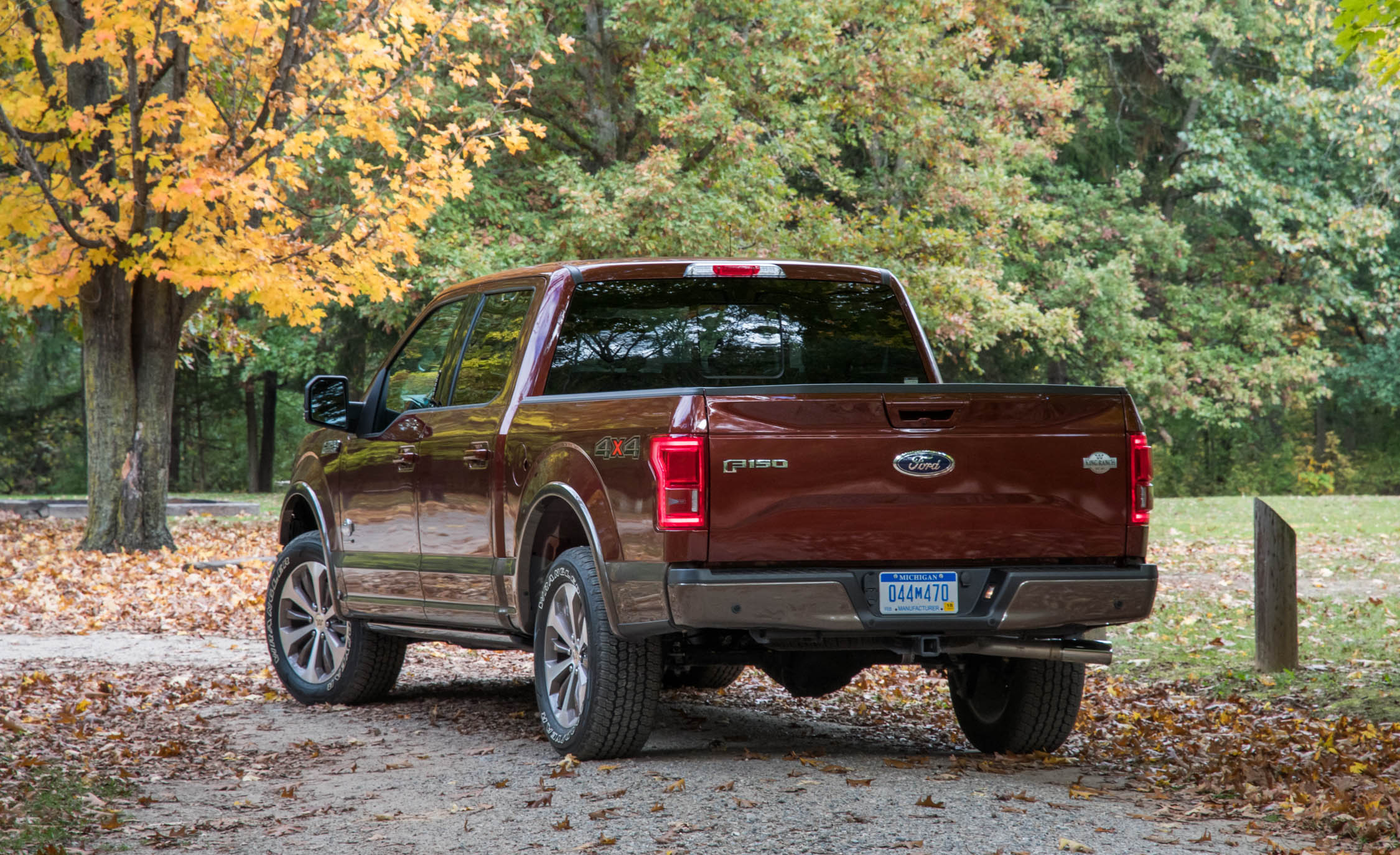2017 Ford F 150 King Ranch Exterior Rear Corner (Photo 7 of 50)