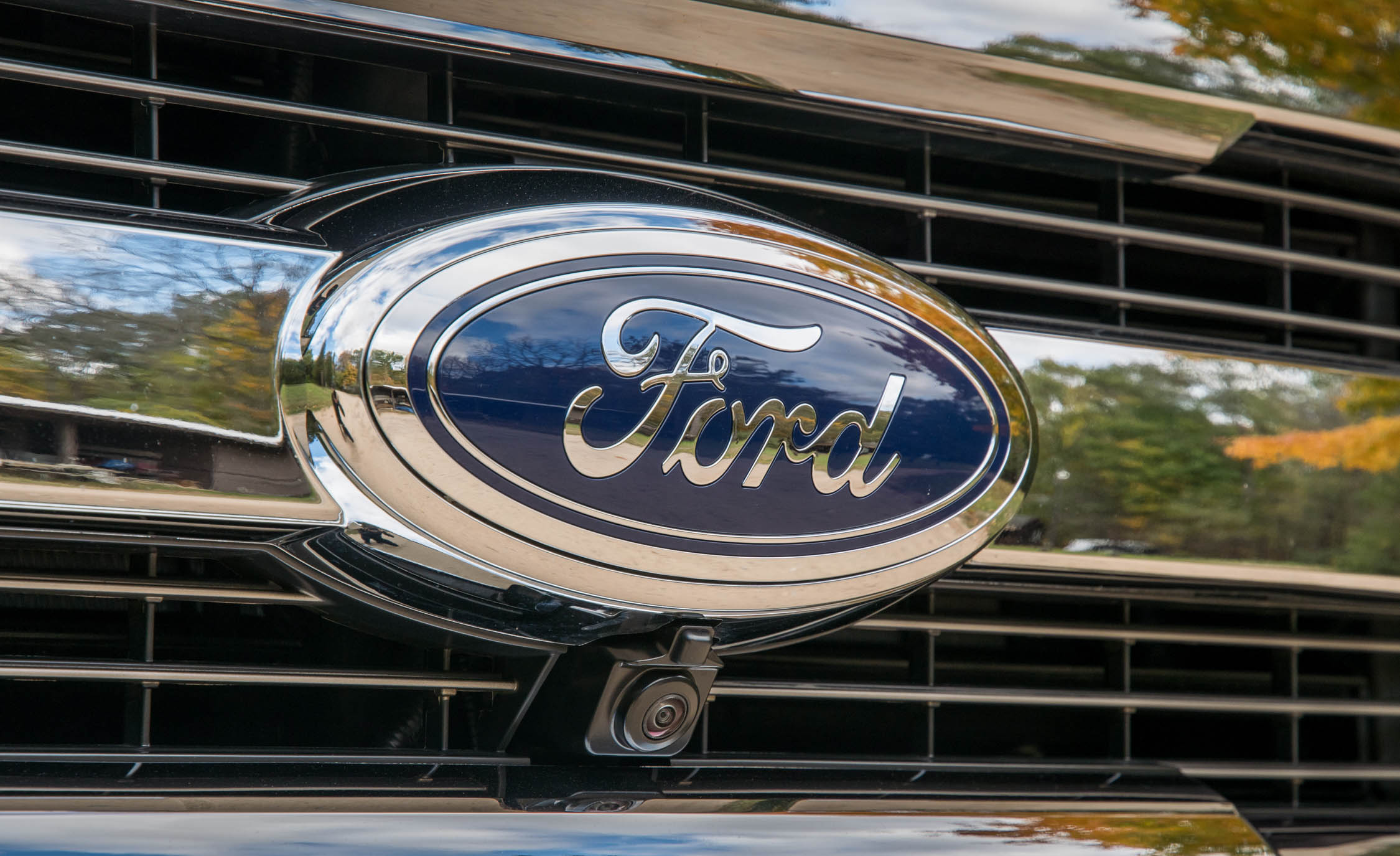 2017 Ford F 150 King Ranch Exterior View Front Badge (Photo 11 of 50)