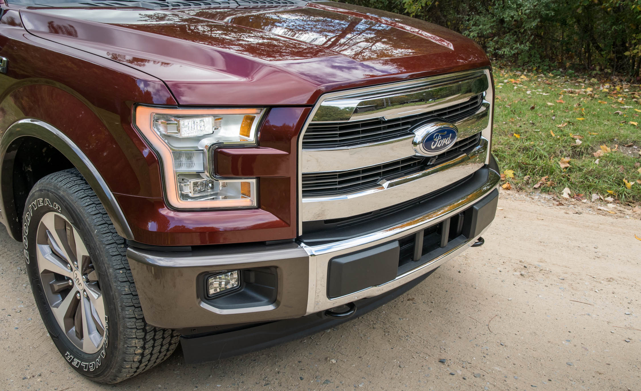 2017 Ford F 150 King Ranch Exterior View Front Bumper And Grille (Photo 12 of 50)