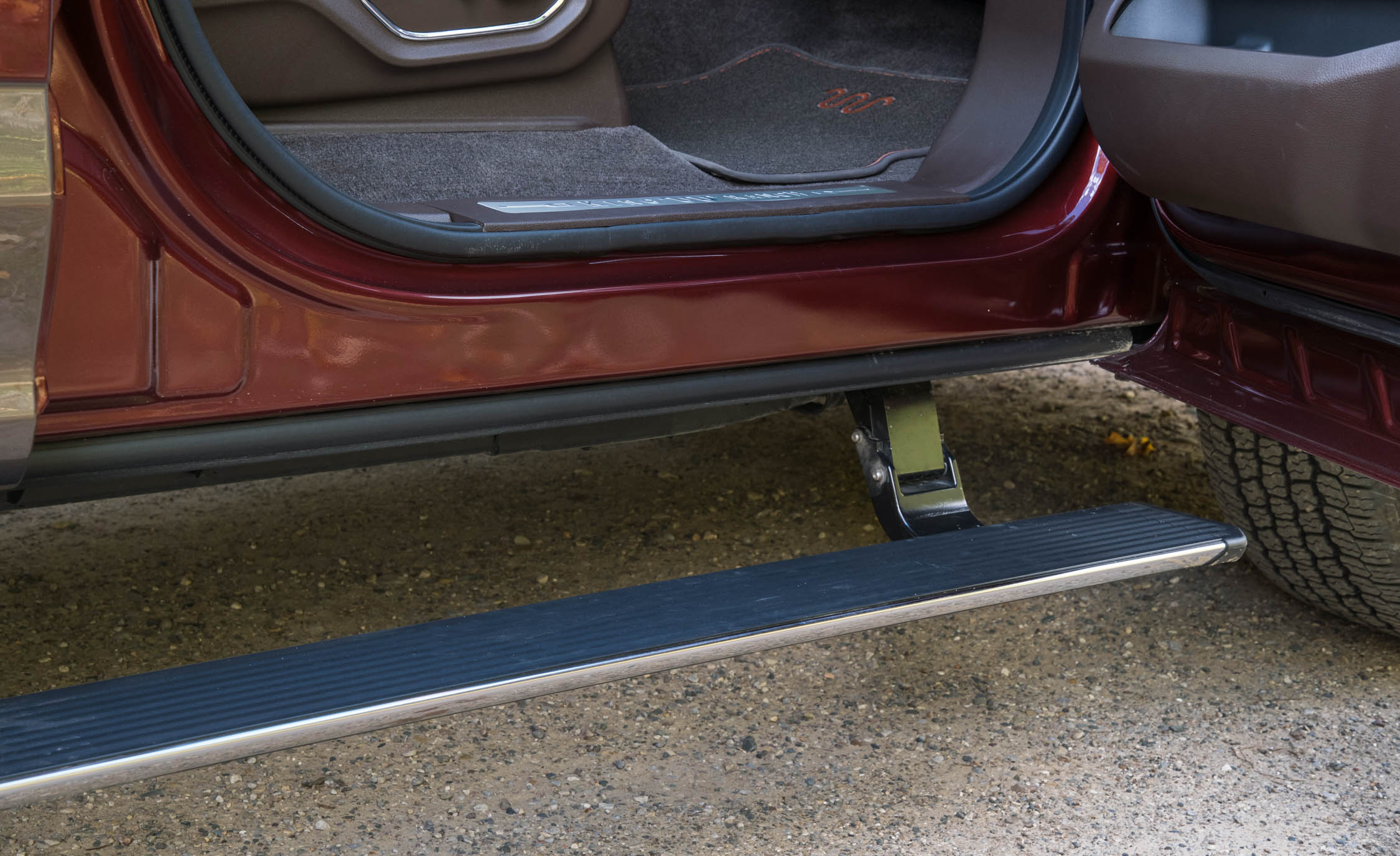 2017 Ford F 150 King Ranch Exterior View Power Side Step Bar (Photo 35 of 50)