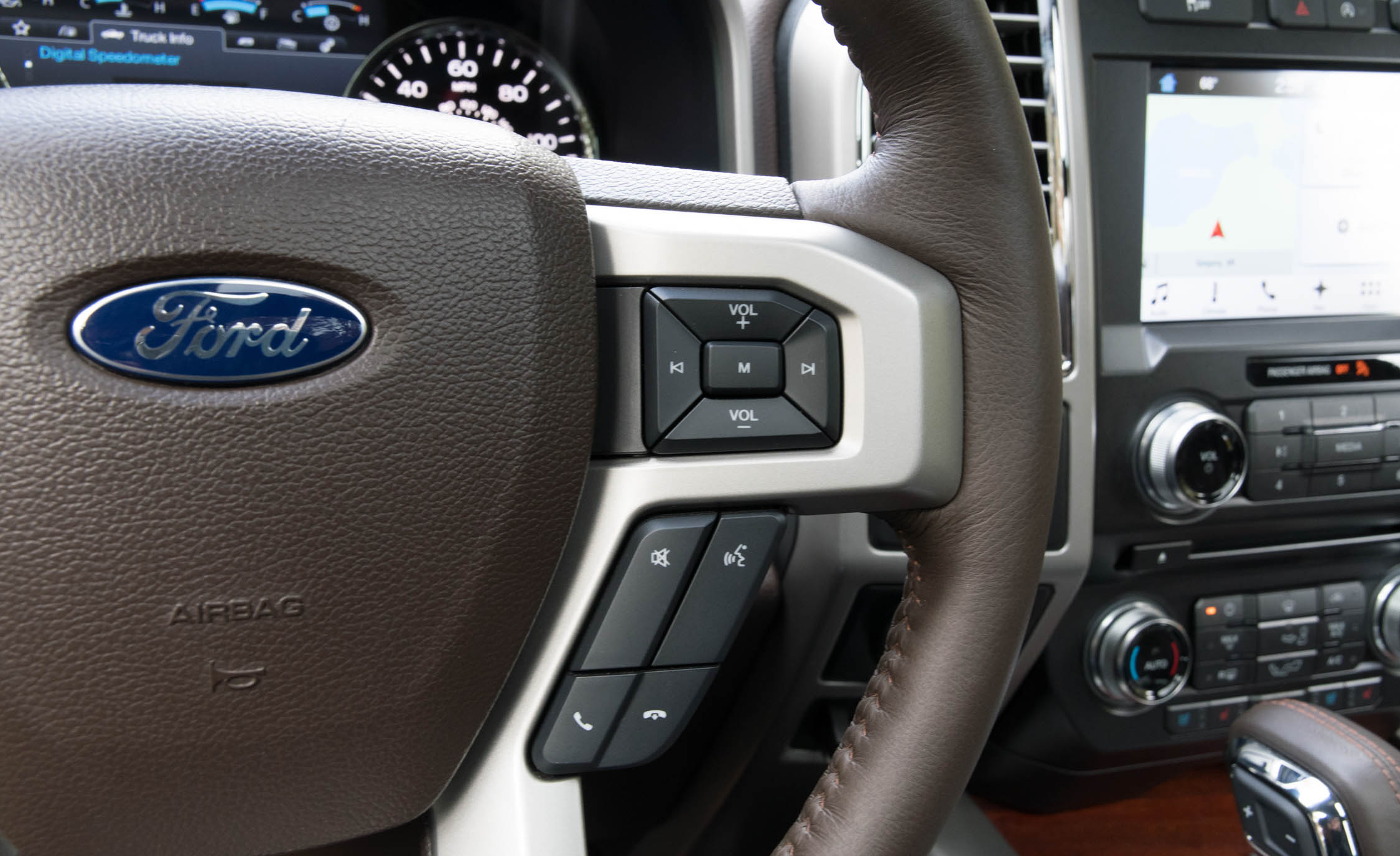 2017 Ford F 150 King Ranch Interior View Steering Controls (Photo 47 of 50)