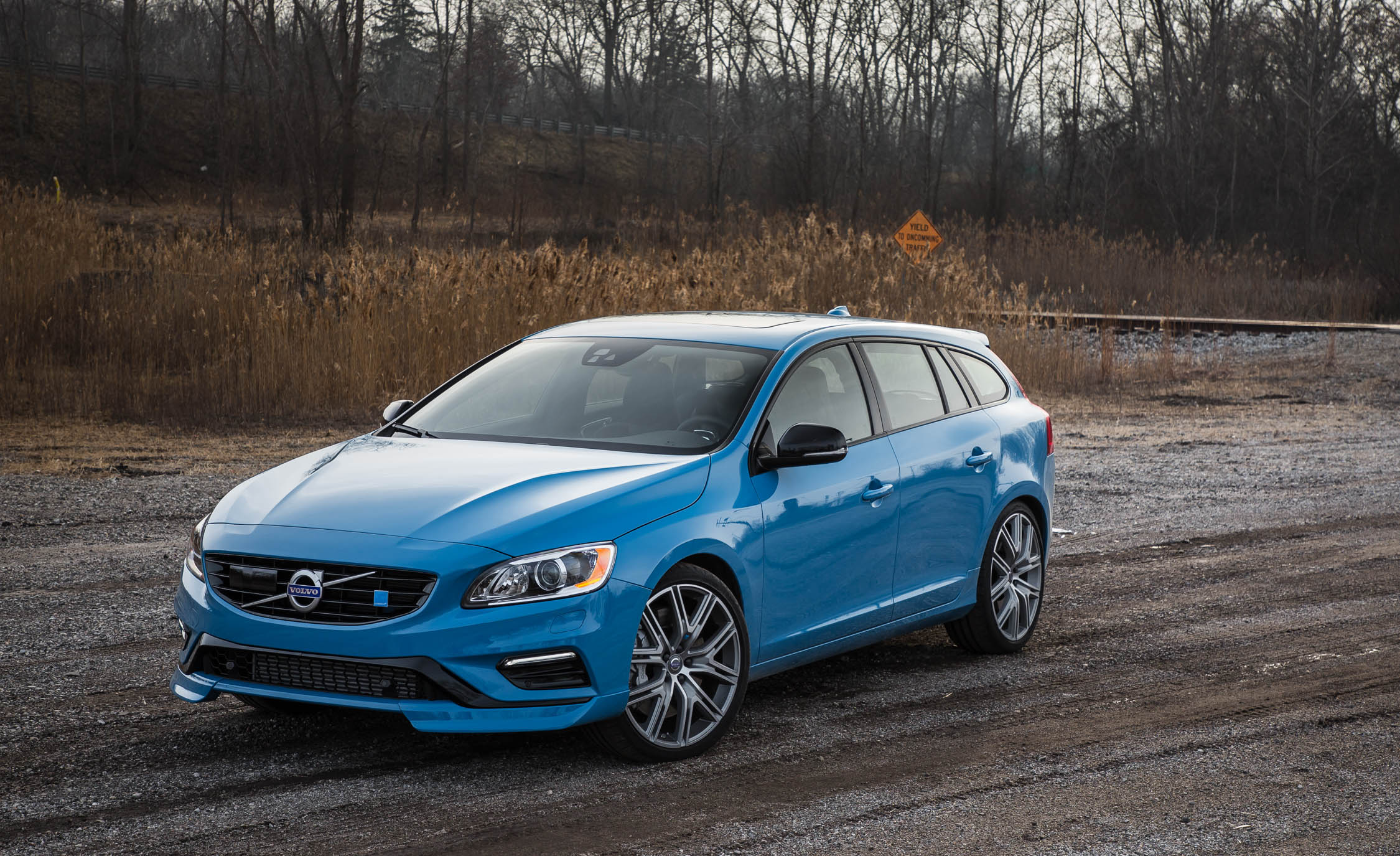 Featured Image of 2017 Volvo V60 Polestar